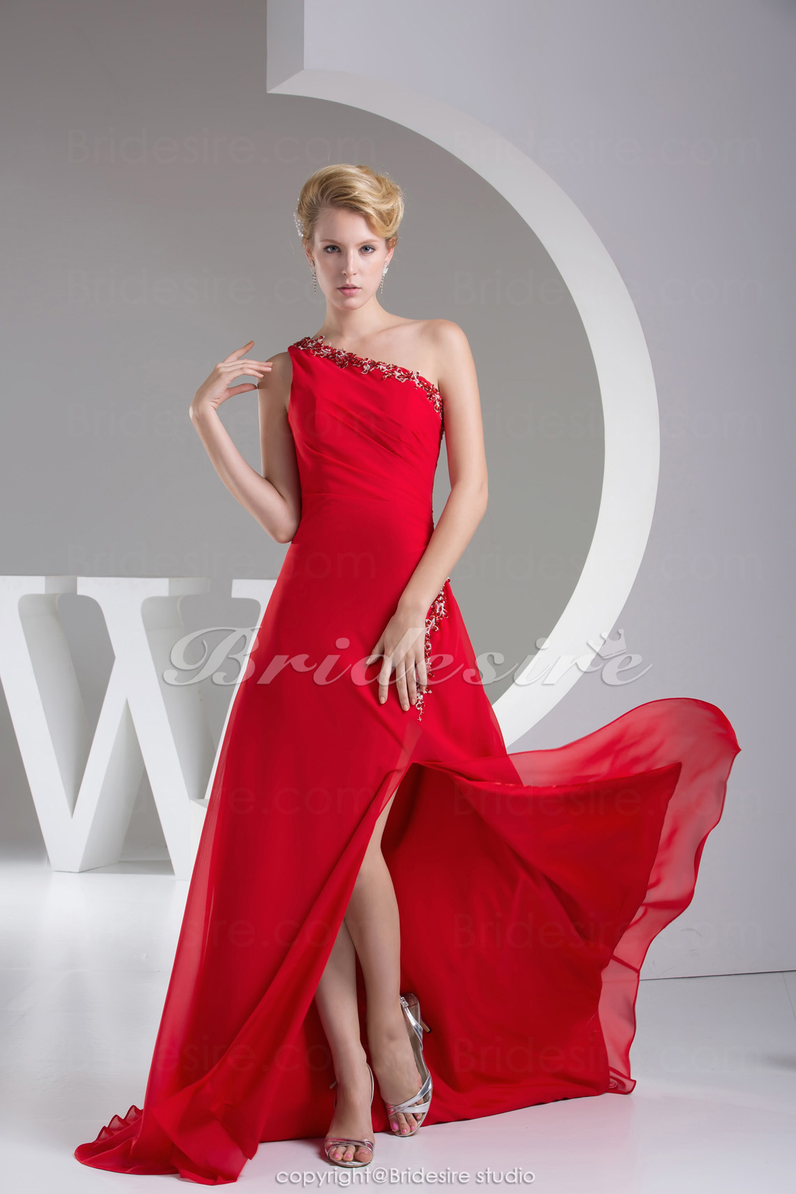 A-line One Shoulder Sweep/Brush Train Sleeveless Chiffon Dress
