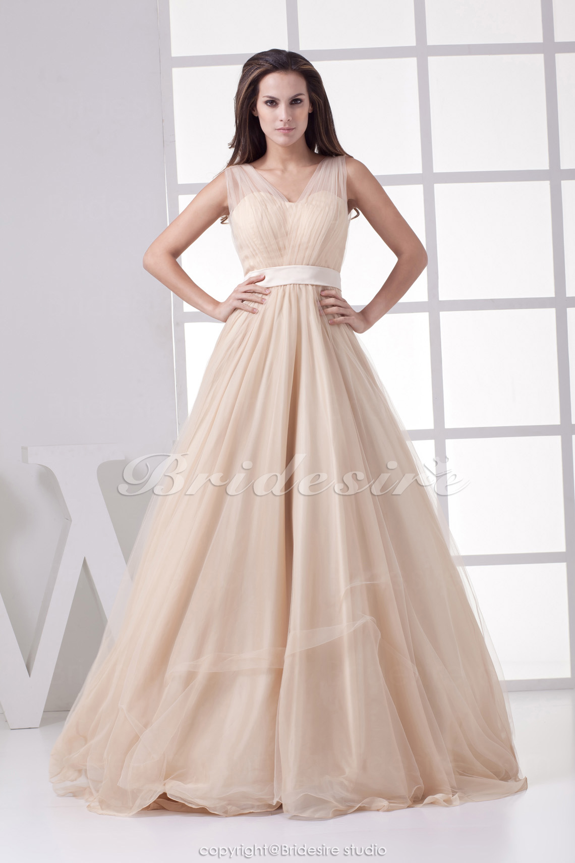 A-line V-neck Floor-length Sleeveless Tulle Dress