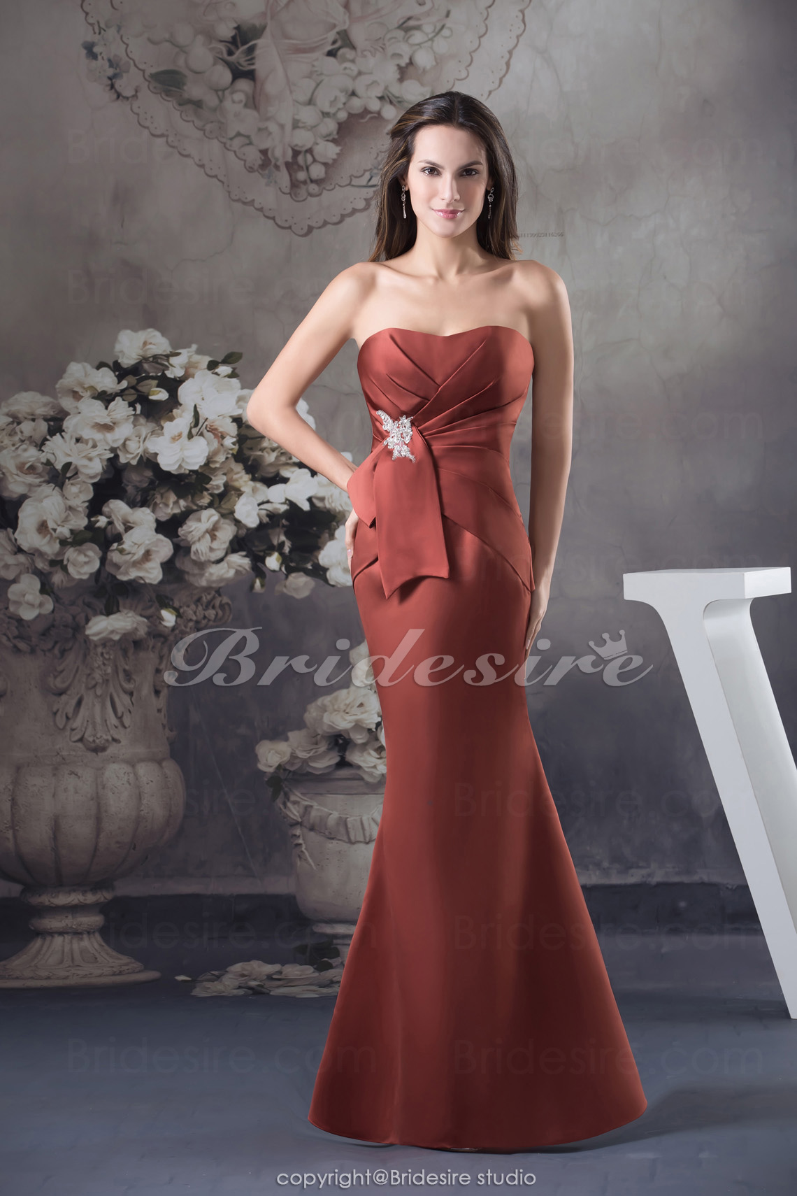 Trumpet/Mermaid Strapless Floor-length Sleeveless Satin Dress
