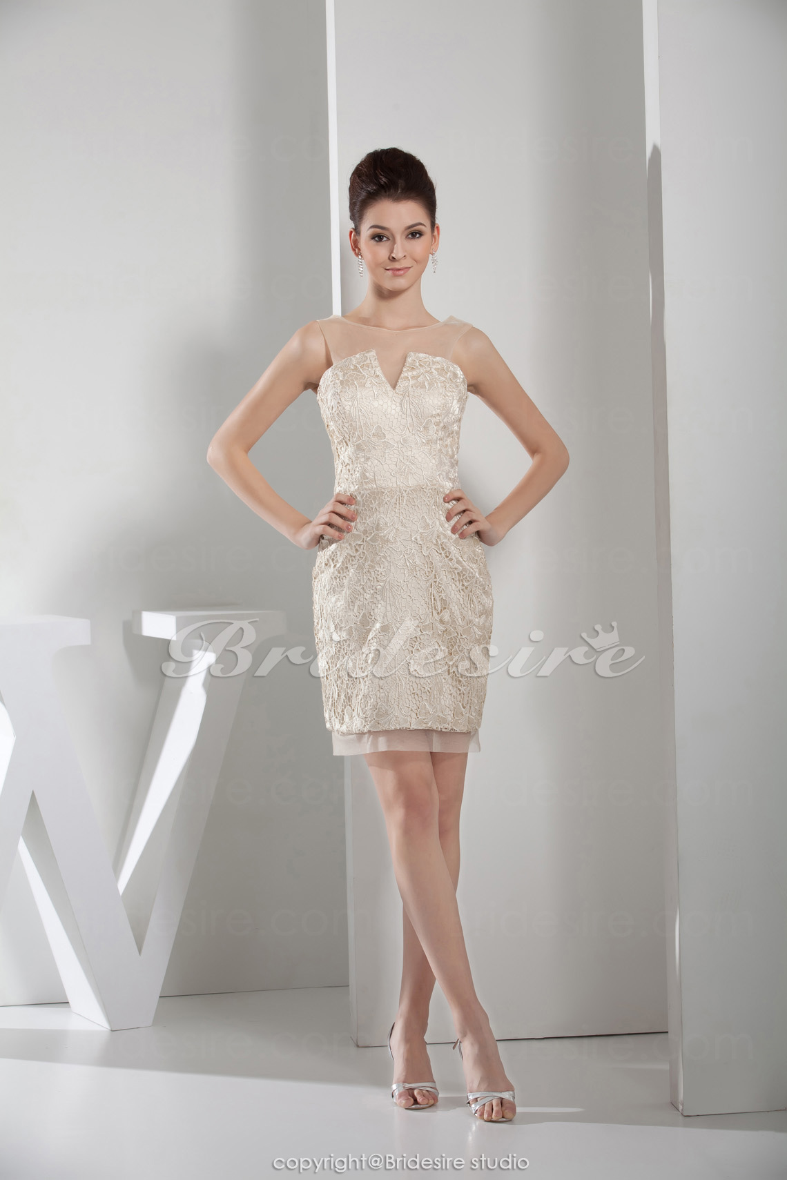 Sheath/Column Strapless Knee-length Sleeveless Satin Bridesmaid Dress