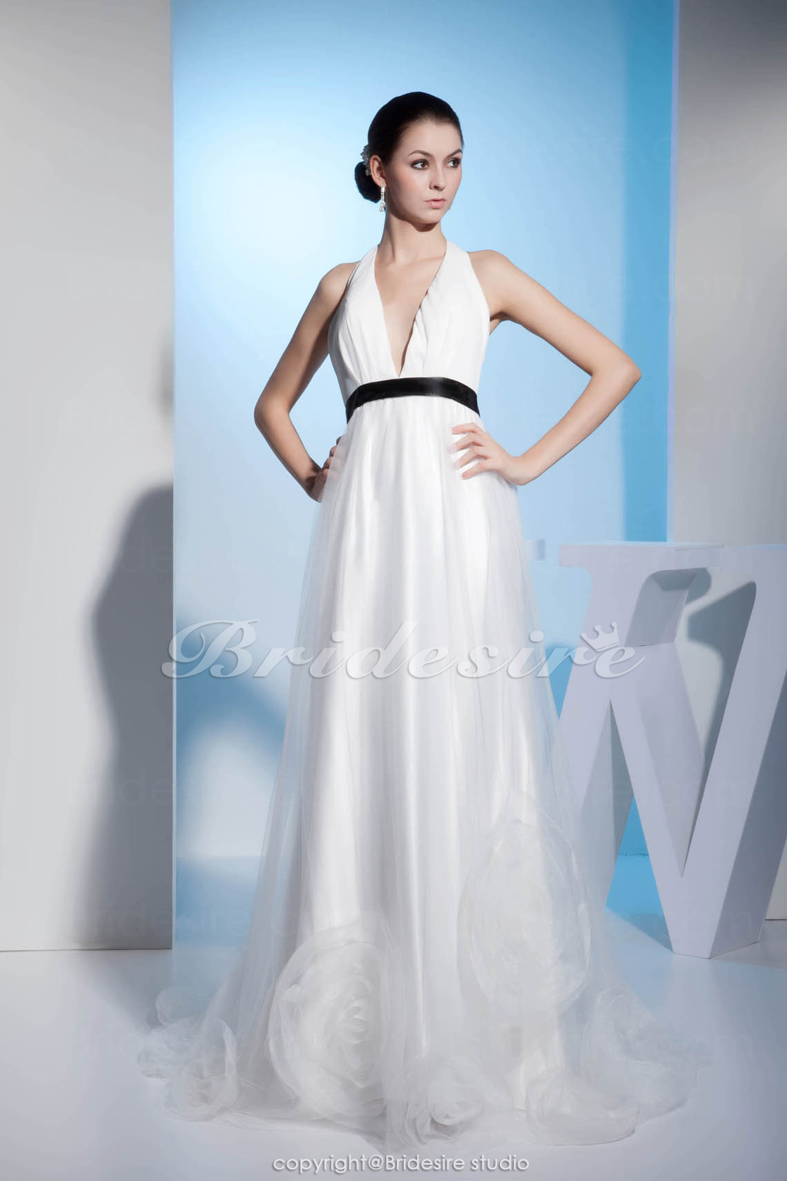 A-line Halter Floor-length Sleeveless Satin Wedding Dress