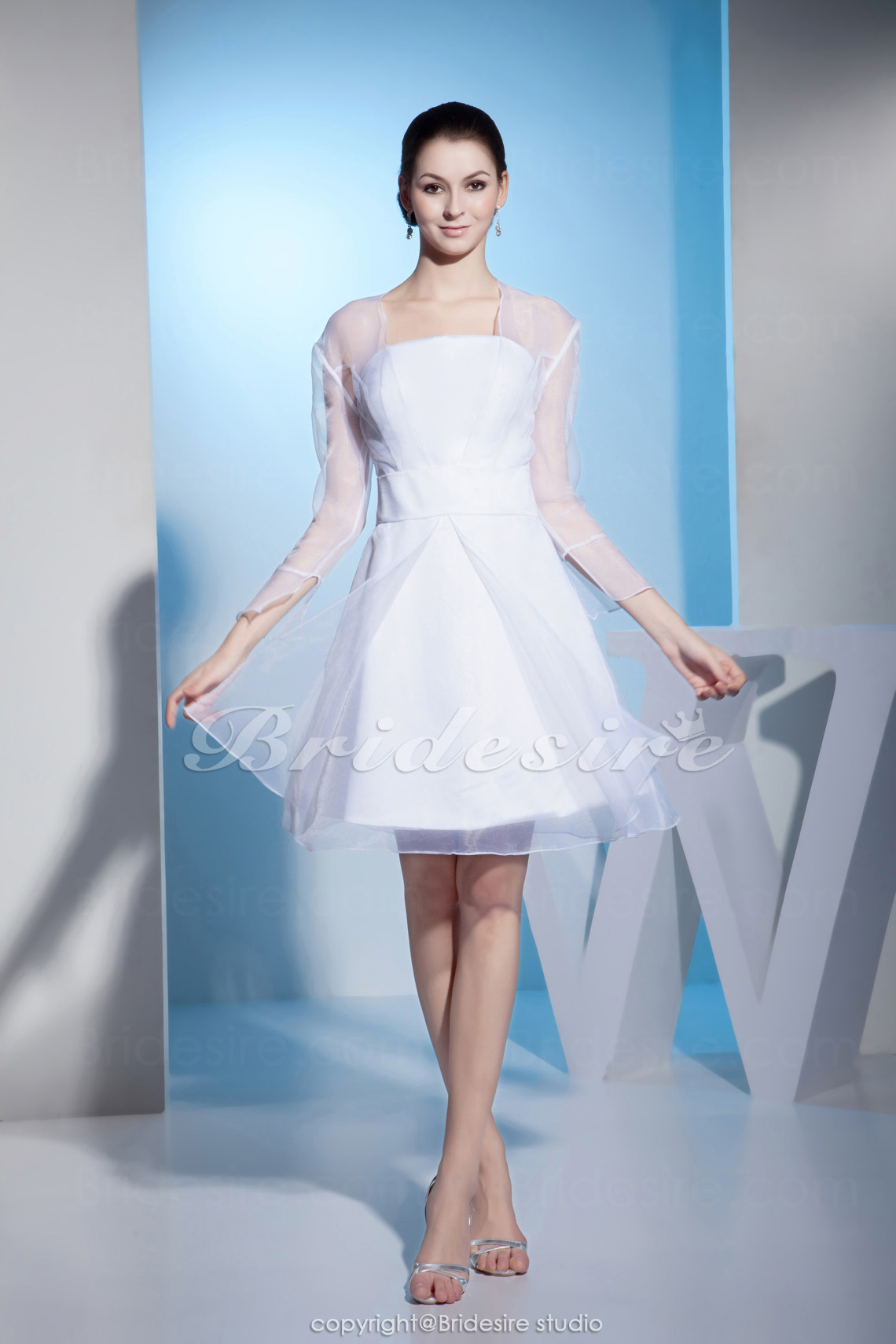 A-line Strapless Knee-length Long Sleeve Satin Chiffon Dress