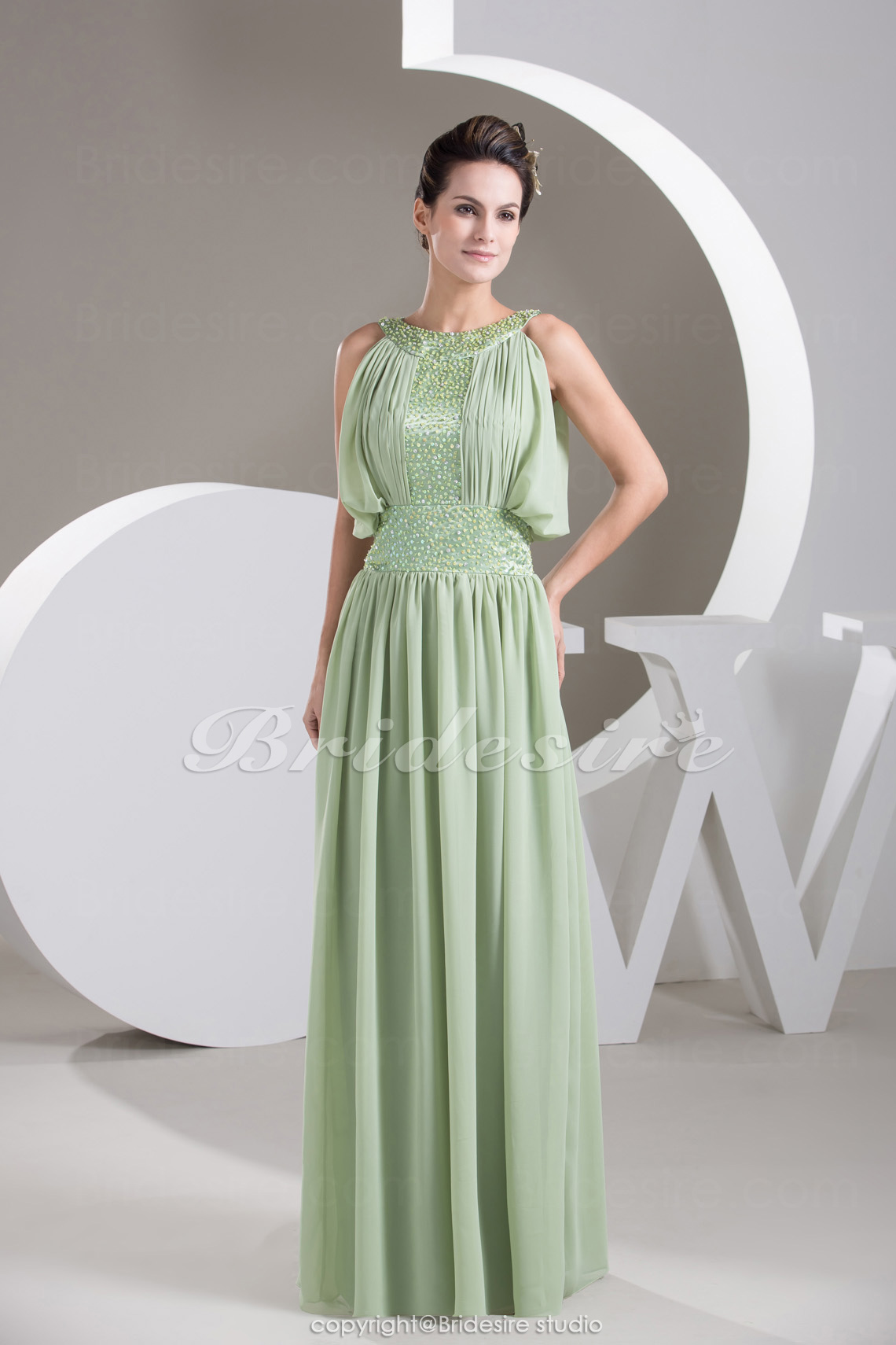 Sheath/Column Scoop Floor-length Sleeveless Chiffon Mother of the Bride Dress