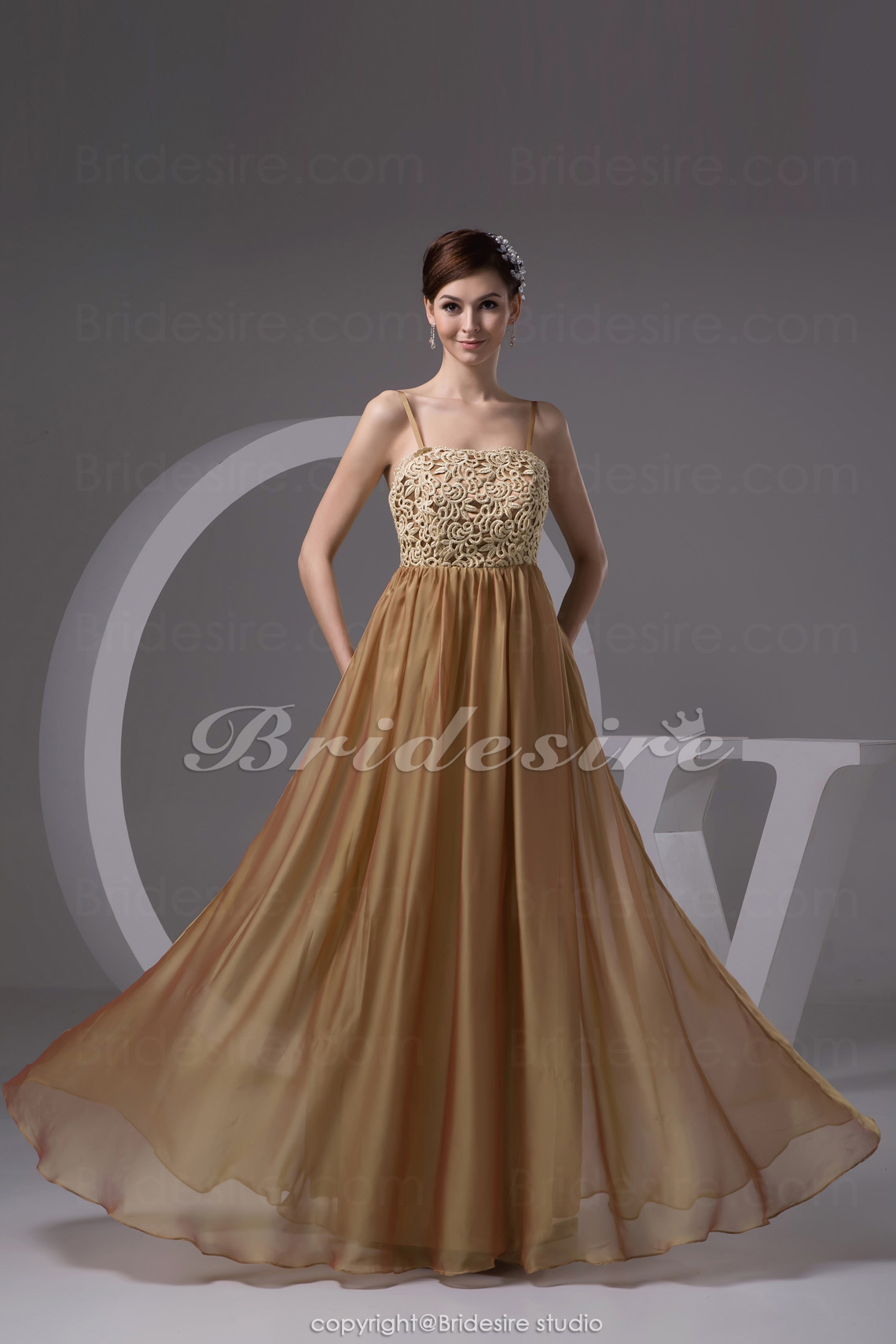 Sheath/Column Spaghetti Straps Floor-length Sleeveless Chiffon Lace Dress