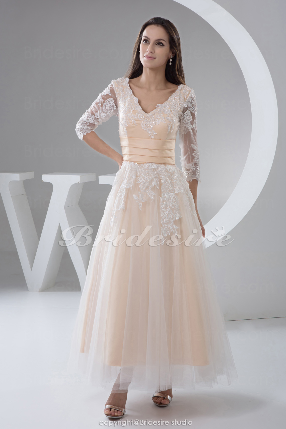 Princess V-neck Tea-length Sleeveless Tulle Taffeta Dress