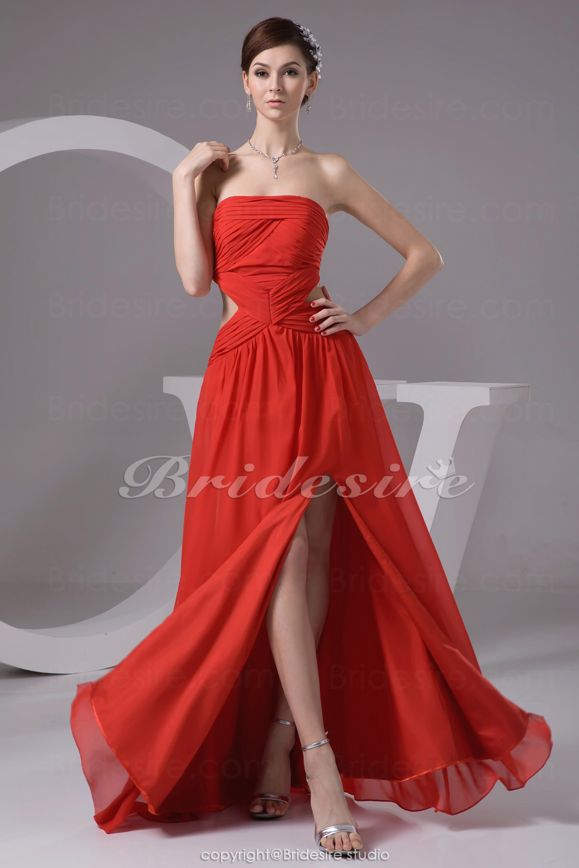 Sheath/Column Strapless Floor-length Sleeveless Chiffon Bridesmaid Dress