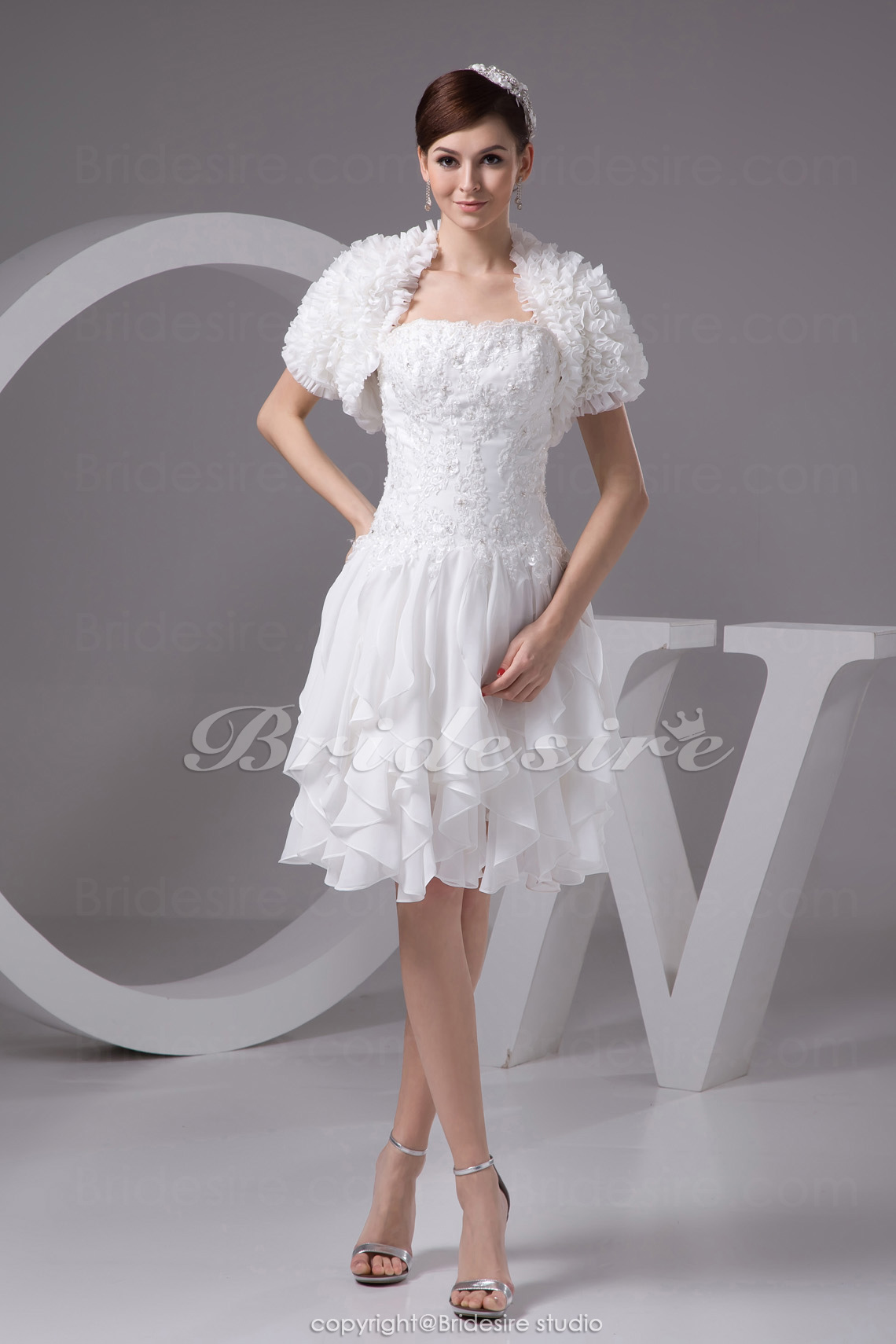 A-line Strapless Knee-length Short Sleeve Chiffon Dress