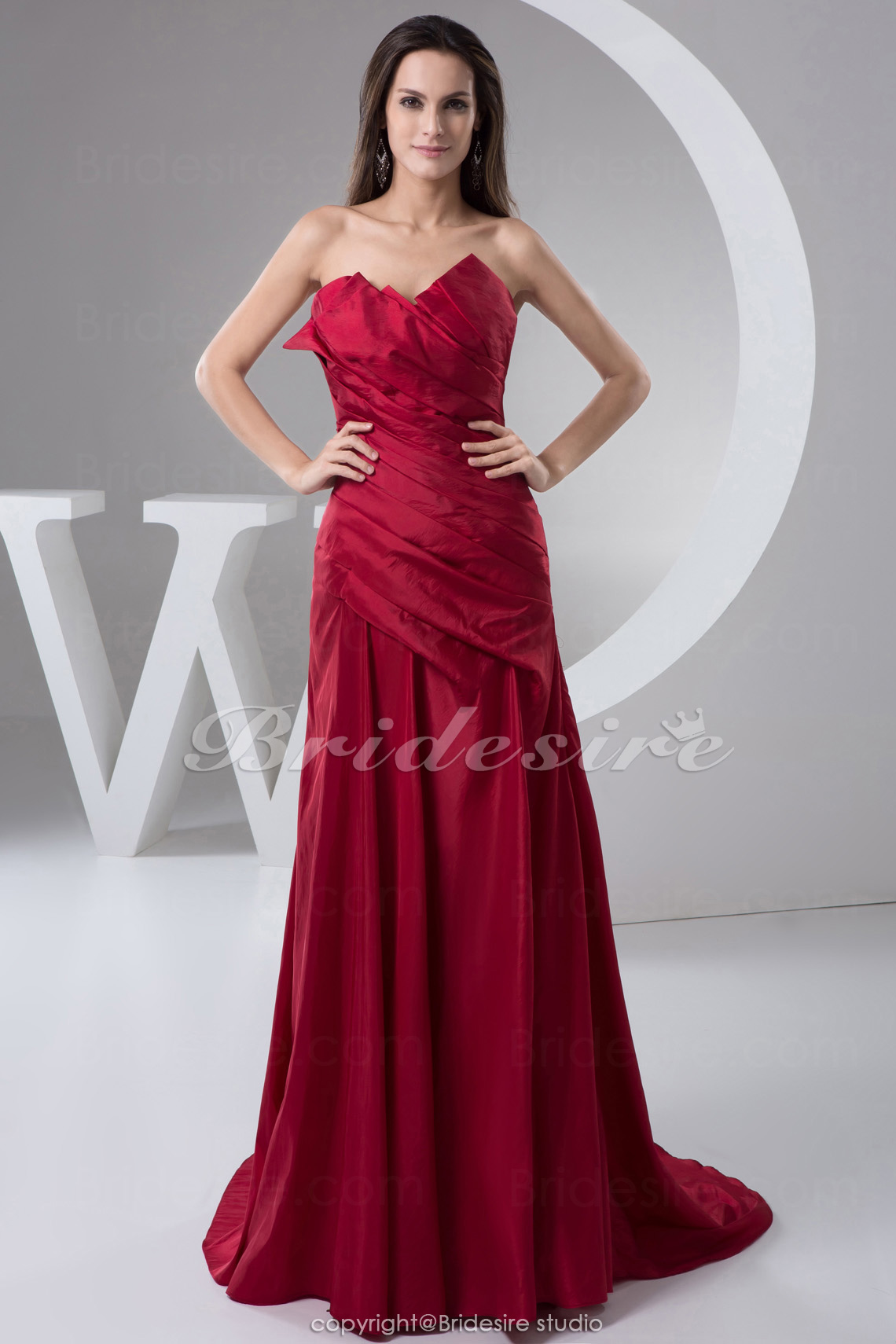 A-line Sweetheart Floor-length Sweep/Brush Train Sleeveless Taffeta Mother of the Bride Dress