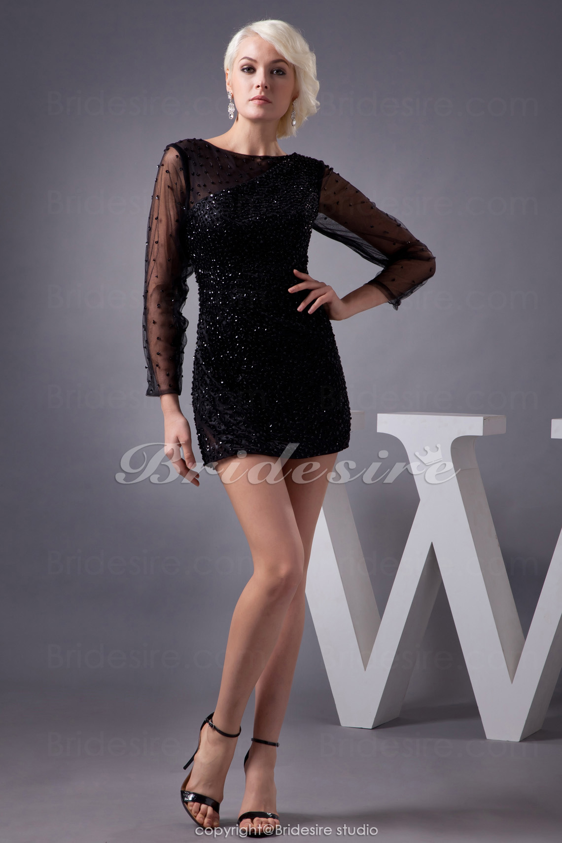 Sheath/Column Jewel Short/Mini Long Sleeve Lace Dress