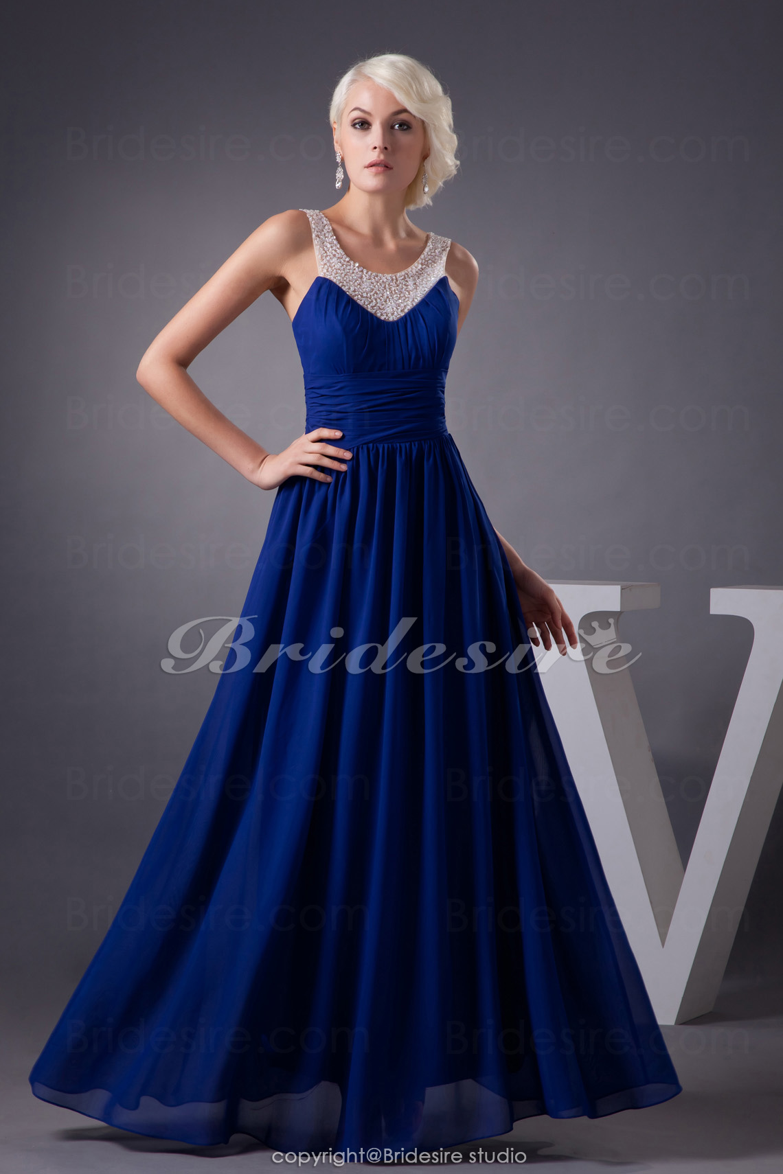A-line Scoop Floor-length Sleeveless Chiffon Dress