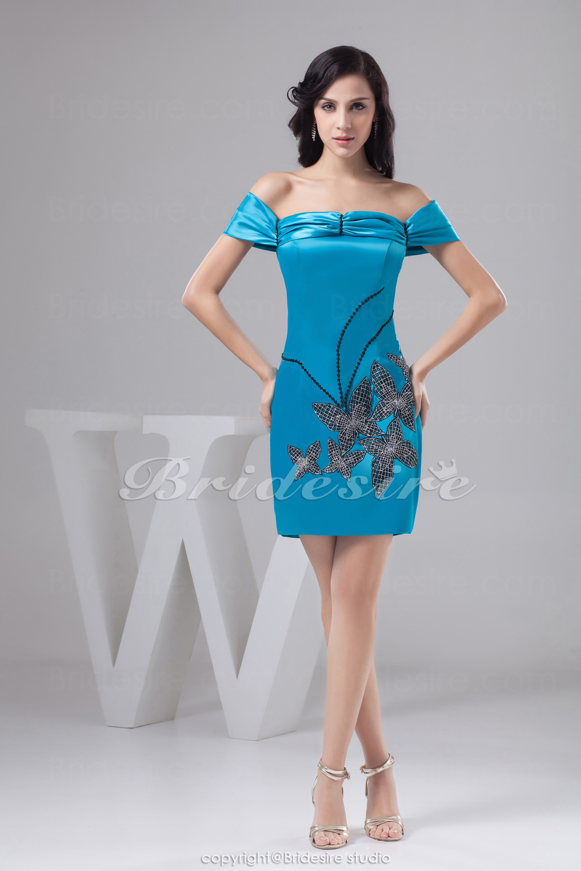 Princess Sheath/Column Off-the-shoulder Short/Mini Short Sleeve Elastic Silk-like Satin Dress