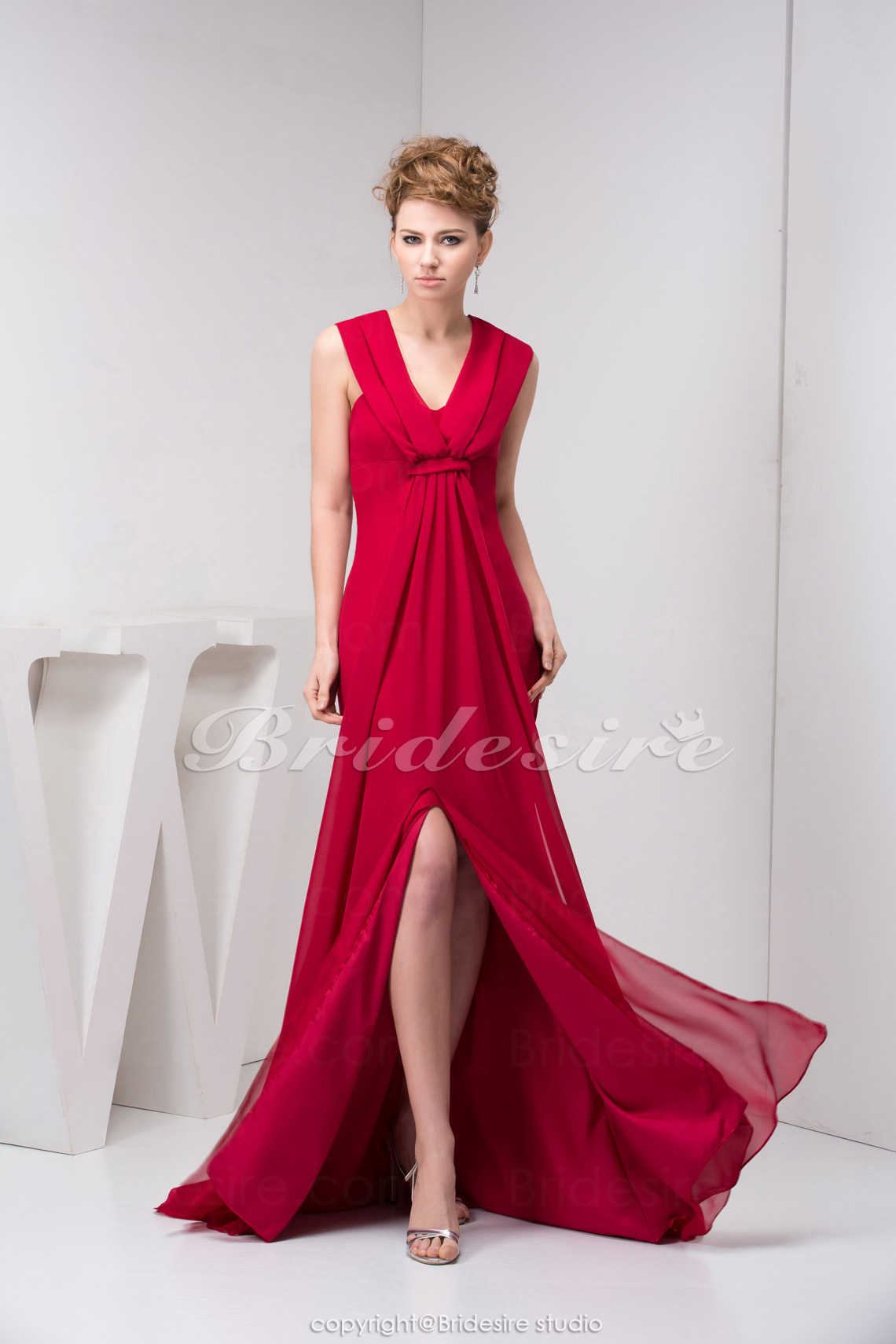 A-line V-neck Sweep Train Sleeveless Chiffon Bridesmaid Dress