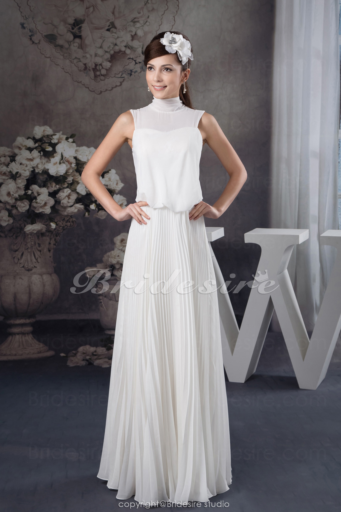 A-line High Neck Floor-length Sleeveless Chiffon Wedding Dress