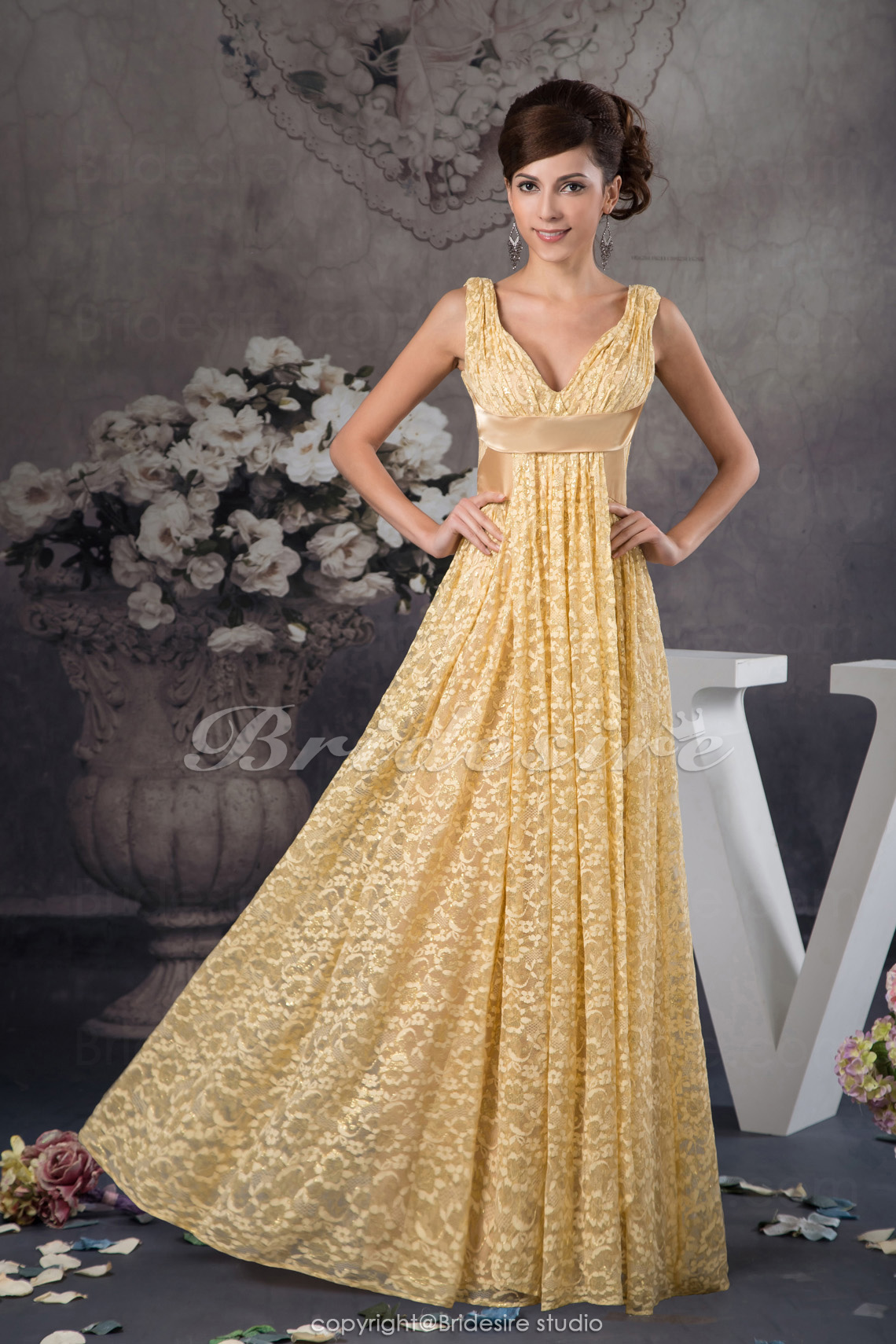 A-line V-neck Floor-length Sleeveless Lace Dress