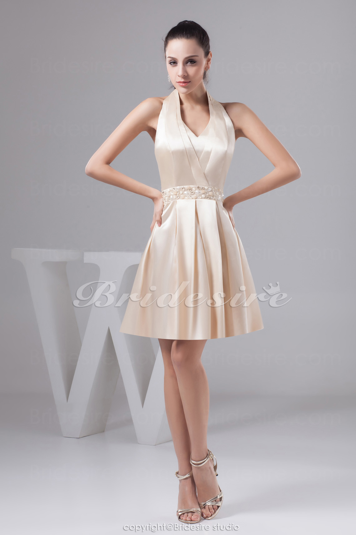 A-line Halter Short/Mini Sleeveless Satin Dress
