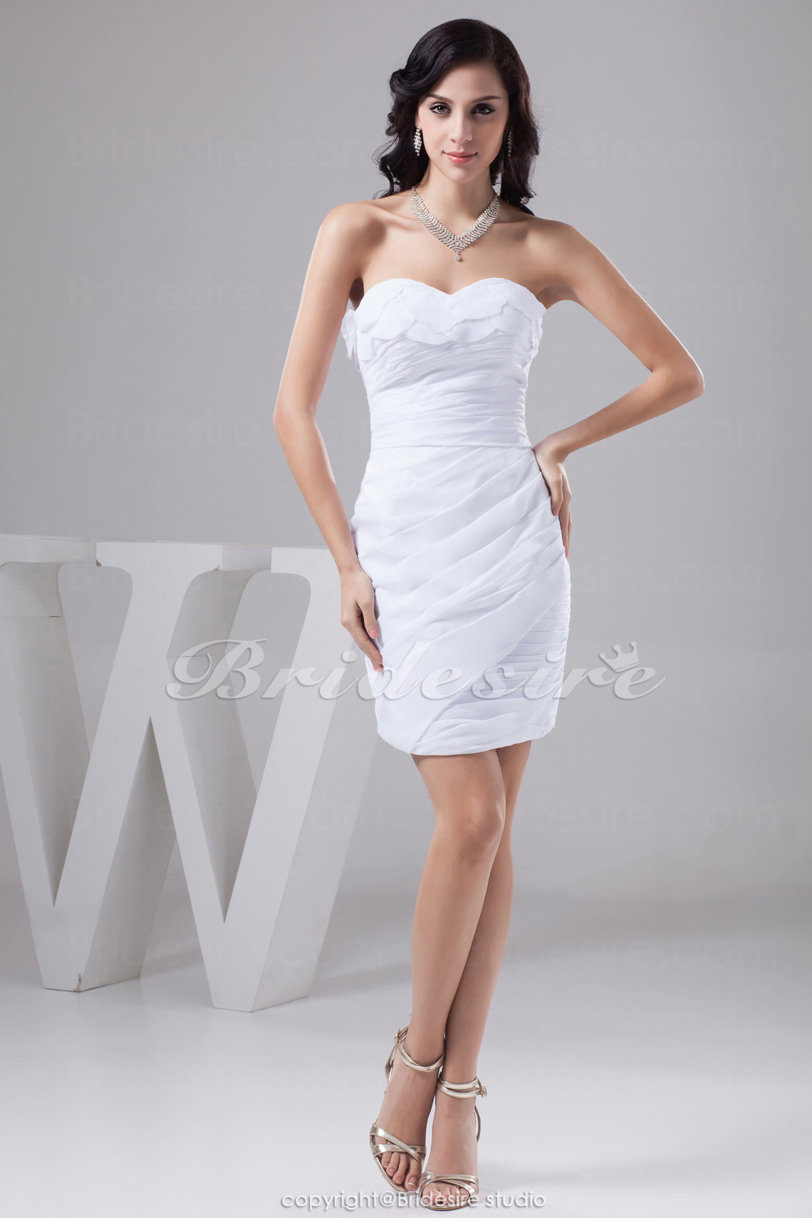 Sheath/Column Sweetheart Short/Mini Sleeveless Taffeta Dress