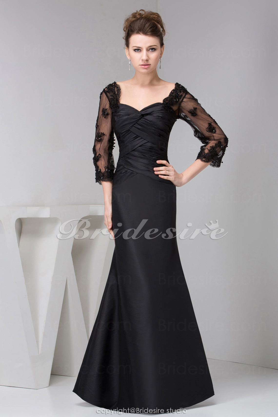 A-line Sweetheart Floor-length 3/4 Length Sleeve Taffeta Lace Dress