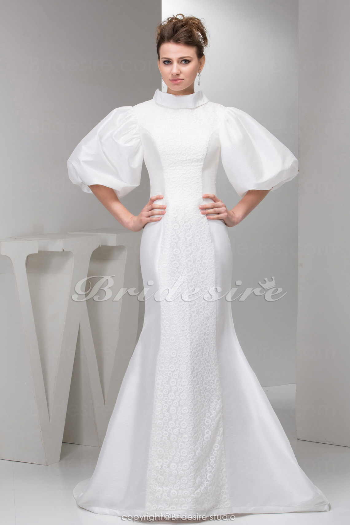 Trumpet/Mermaid High Neck Sweep Train Half Sleeve Taffeta Lace Dress