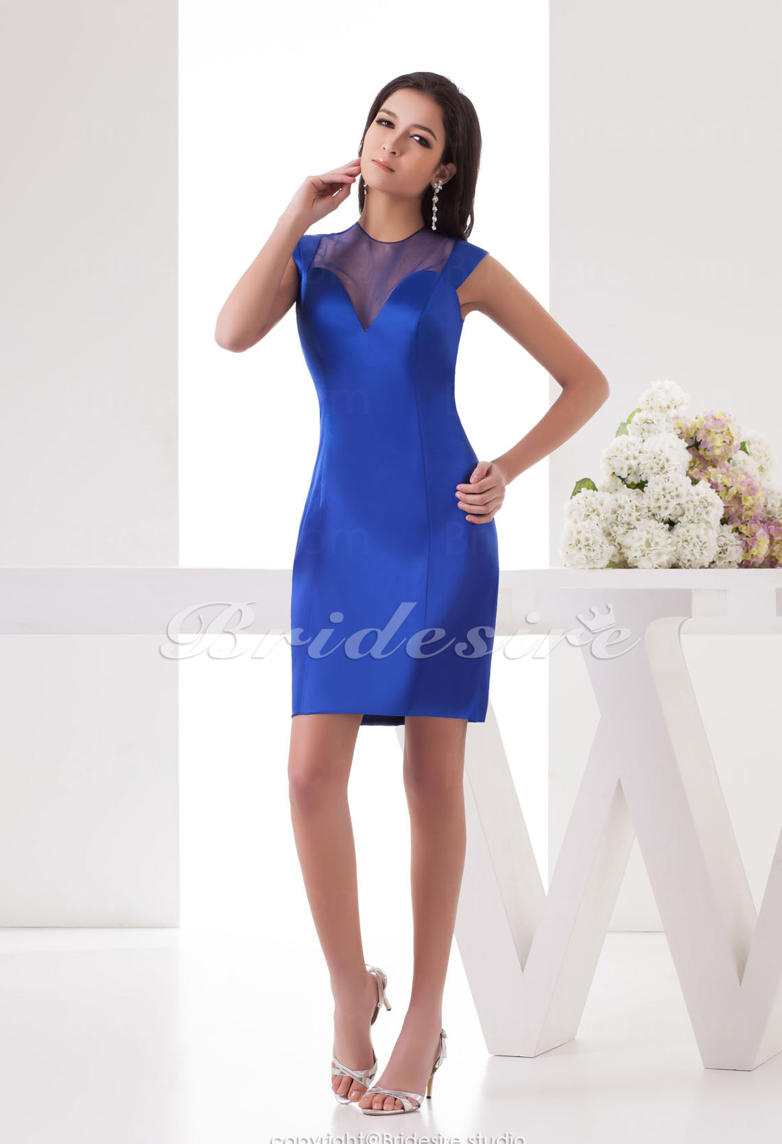 Sheath/Column Sweetheart Knee-length   Satin Dress