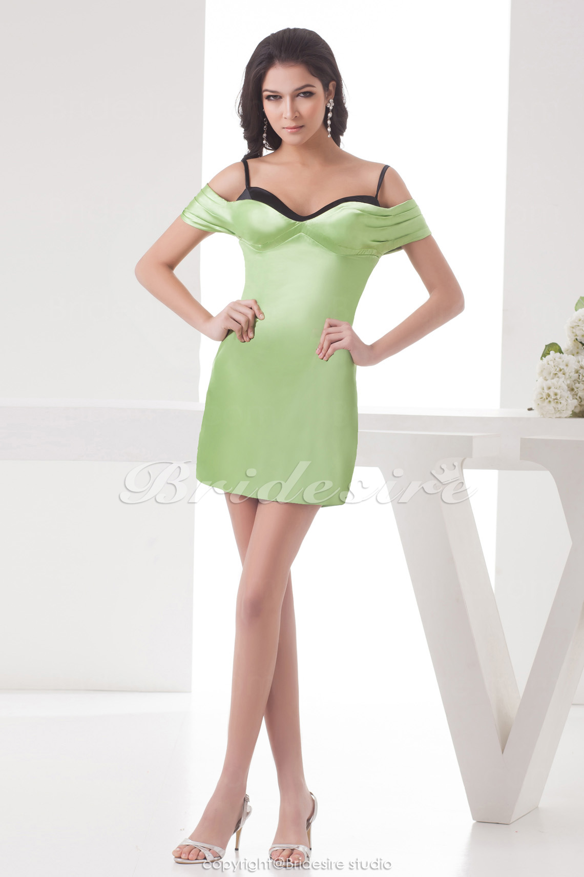 Sheath/Column Spaghetti Straps Off-the-shoulder Short/Mini Sleeveless Satin Dress