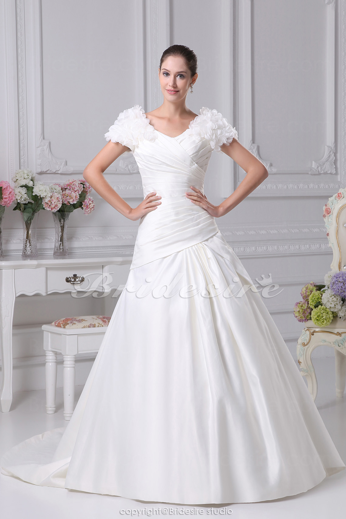 Ball Gown V-neck Court Train Short Sleeve Satin Wedding Dress