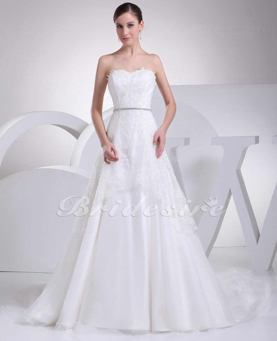A-line Strapless Court Train Sleeveless Lace Wedding Dress