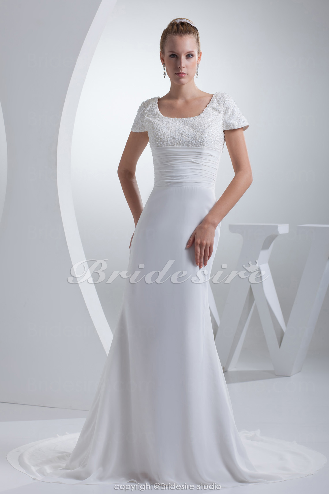 Sheath/Column Scoop Court Train Short Sleeve Chiffon Wedding Dress