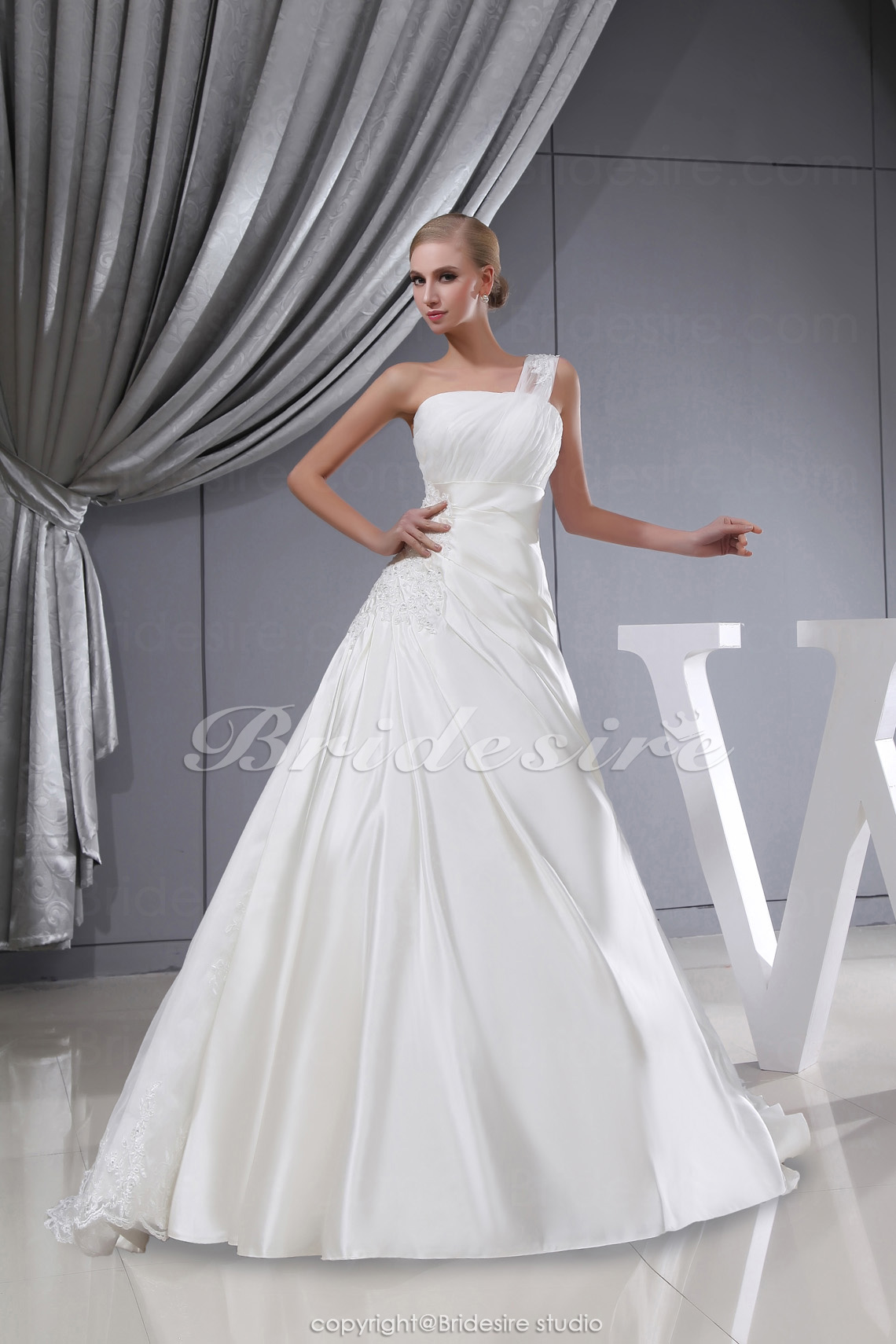 Ball Gown One Shoulder Chapel Train Sleeveless Satin Lace Wedding Dress