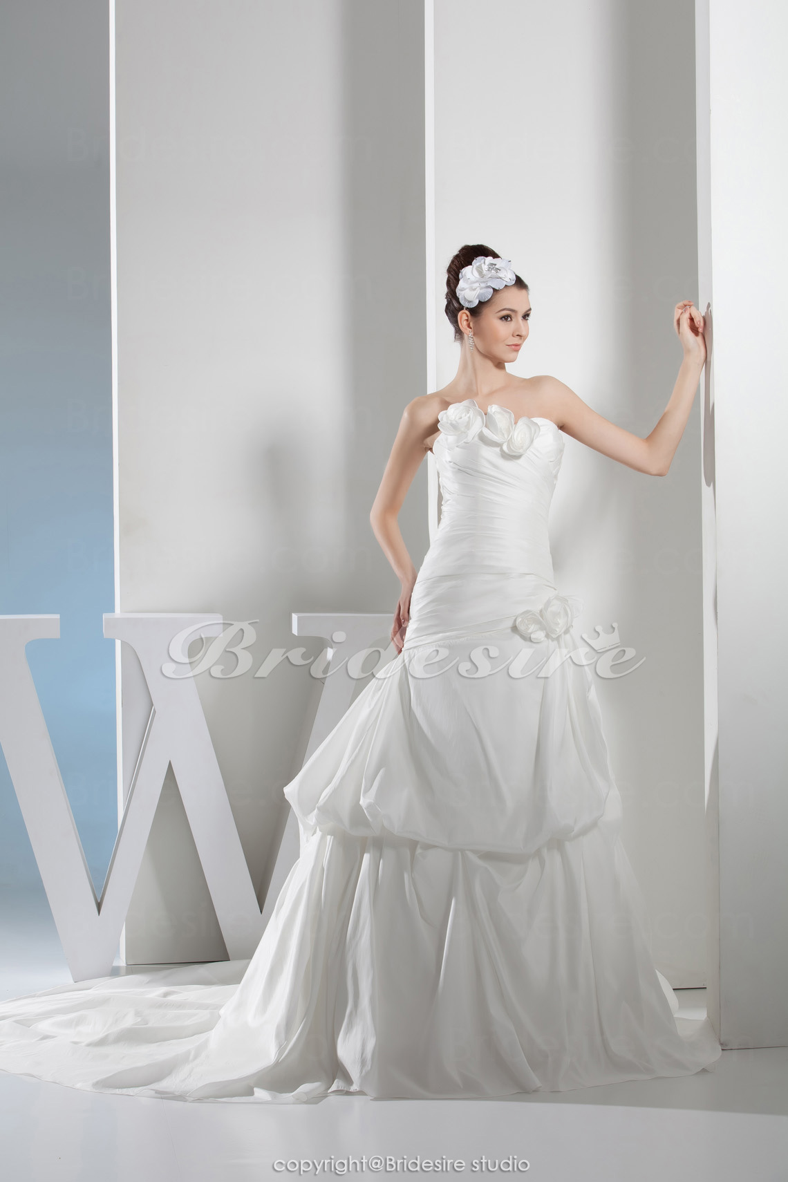 A-line Strapless Chapel Train Sleeveless Taffeta Wedding Dress
