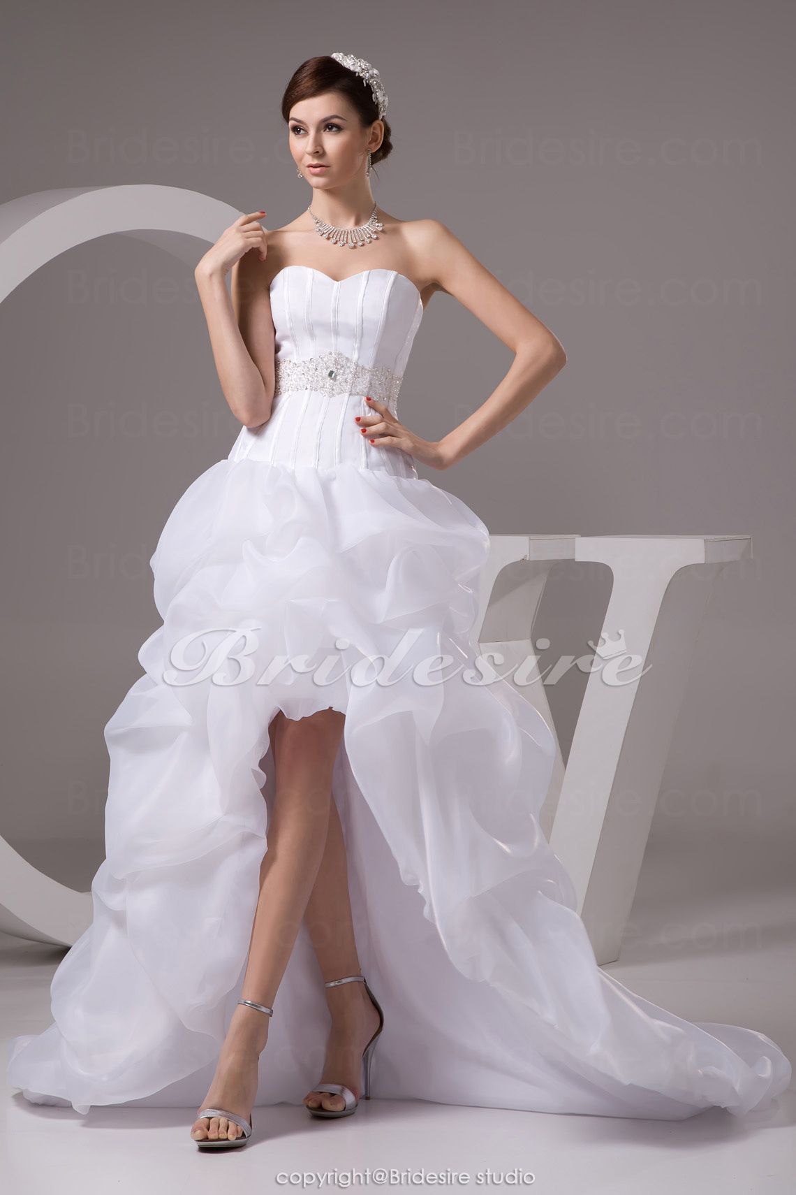 A-line Sweetheart Court Train Sleeveless Organza Satin Wedding Dress