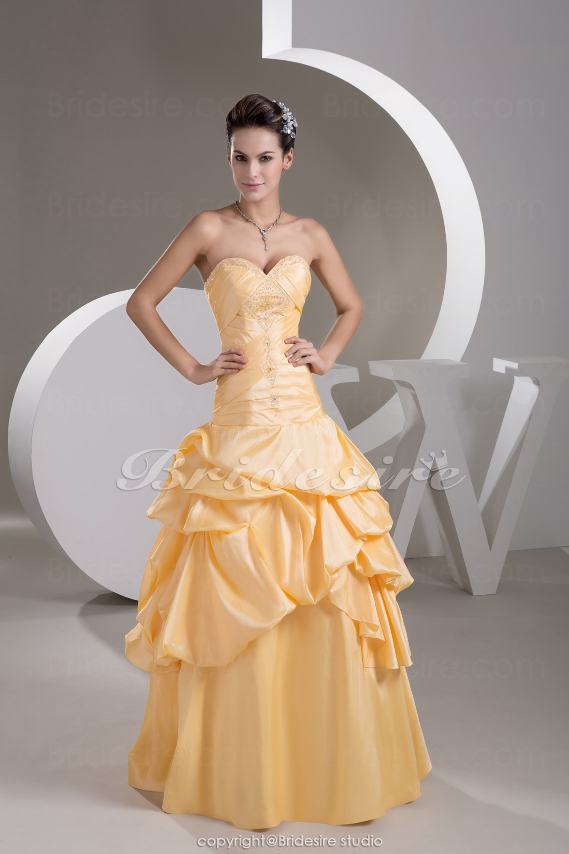 A-line Sweetheart Floor-length Sleeveless Taffeta Dress