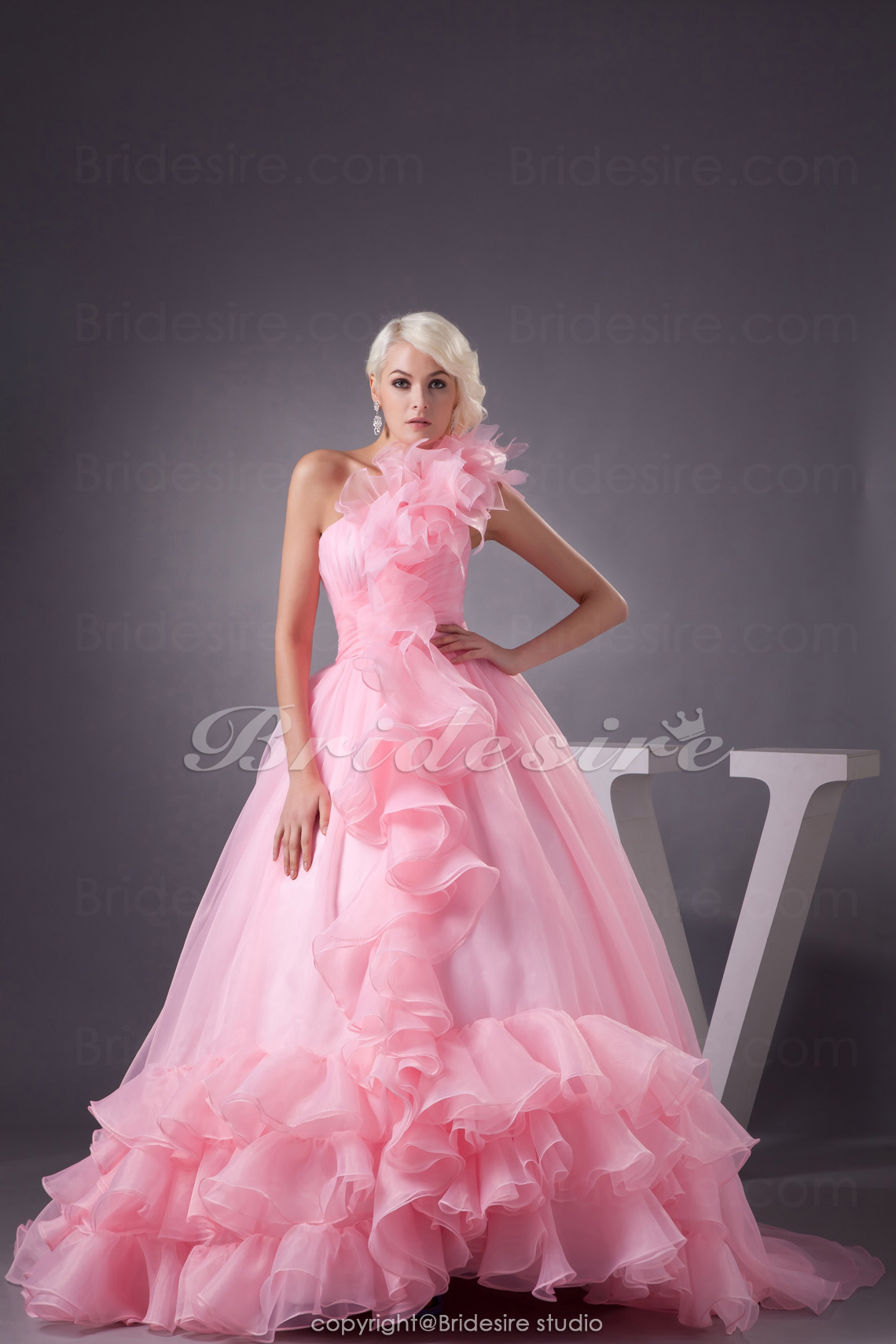 Ball Gown One Shoulder Chapel Train Sleeveless Organza Dress
