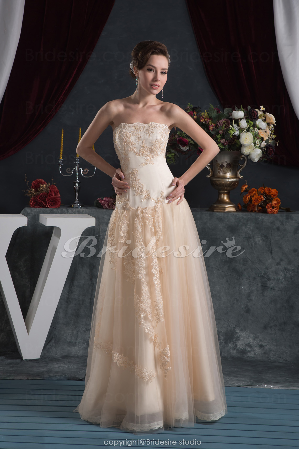 Sheath/Column Strapless Floor-length Sleeveless Satin Chiffon Wedding Dress