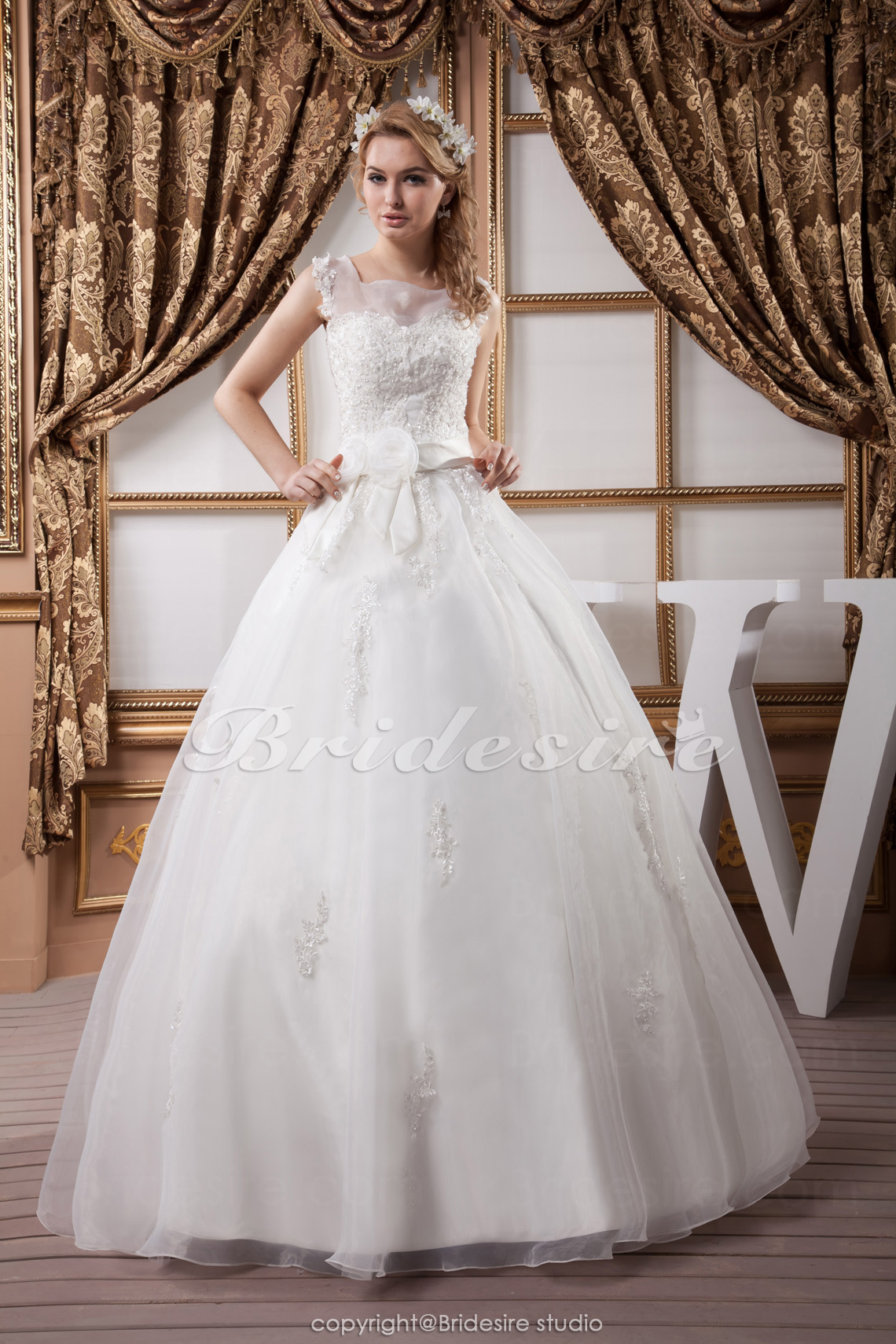 Princess Square Floor-length Sleeveless Satin Organza Wedding Dress