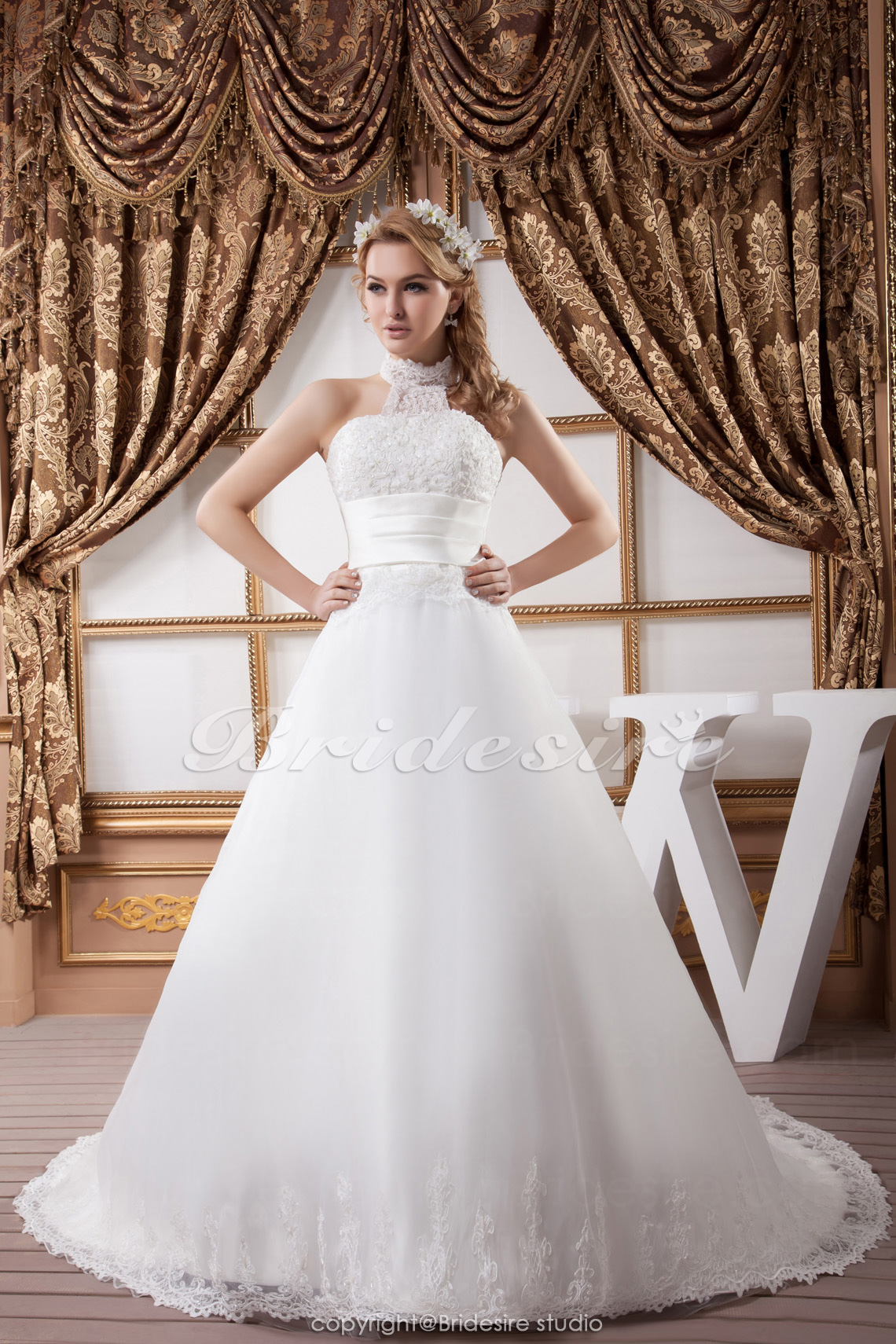 A-line Halter Floor-length Court Train Sleeveless Satin Lace Wedding Dress