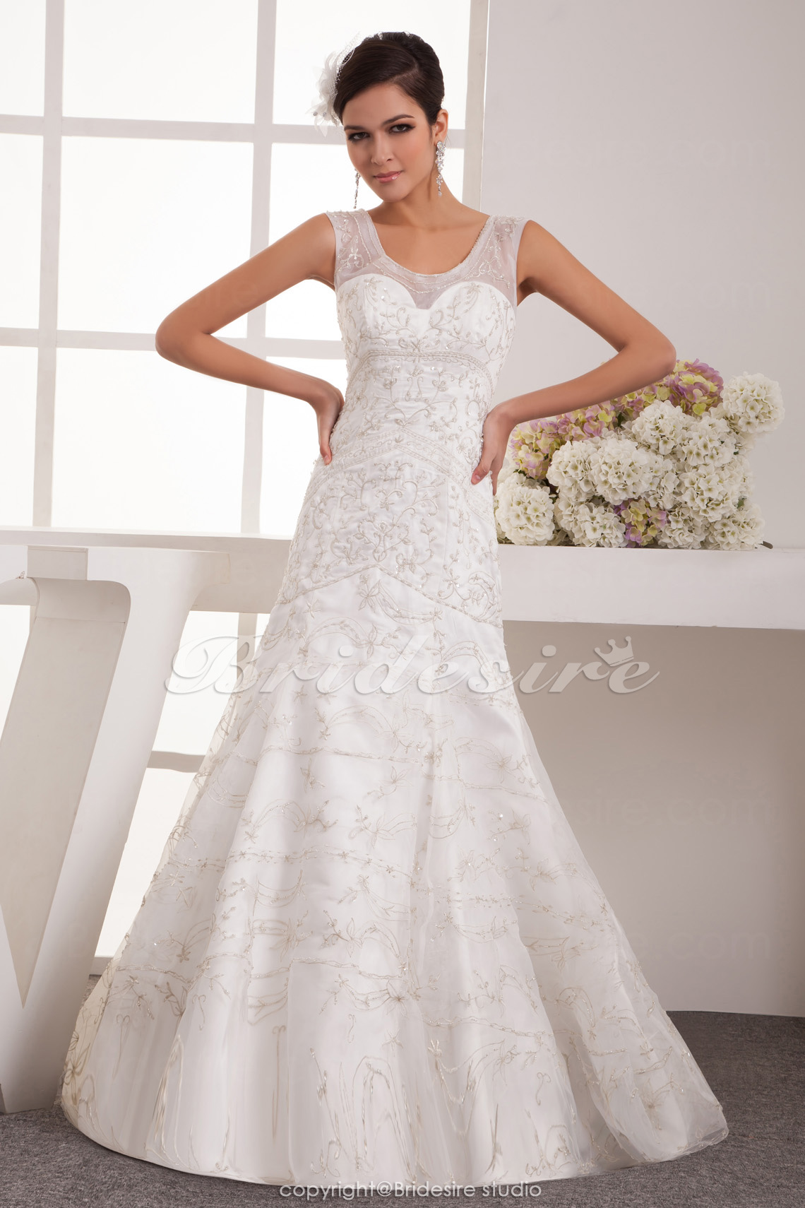 Trumpet/Mermaid Scoop Floor-length Sleeveless Satin Chiffon Wedding Dress