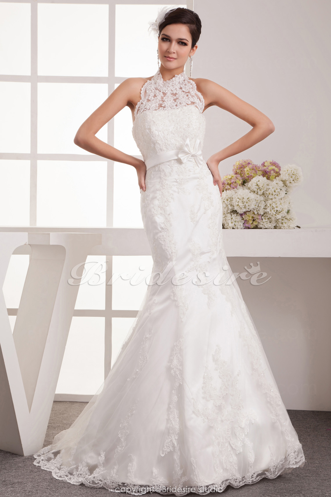Trumpet/Mermaid High Neck Floor-length Sleeveless Satin Lace Wedding Dress