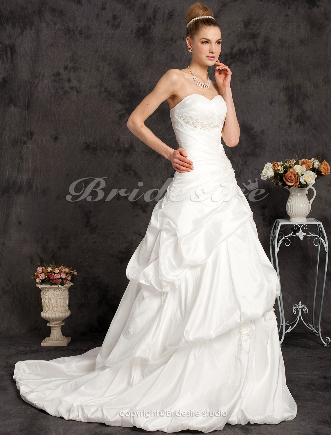 A-line Taffeta Court Train Sweetheart Neck Wedding Dress