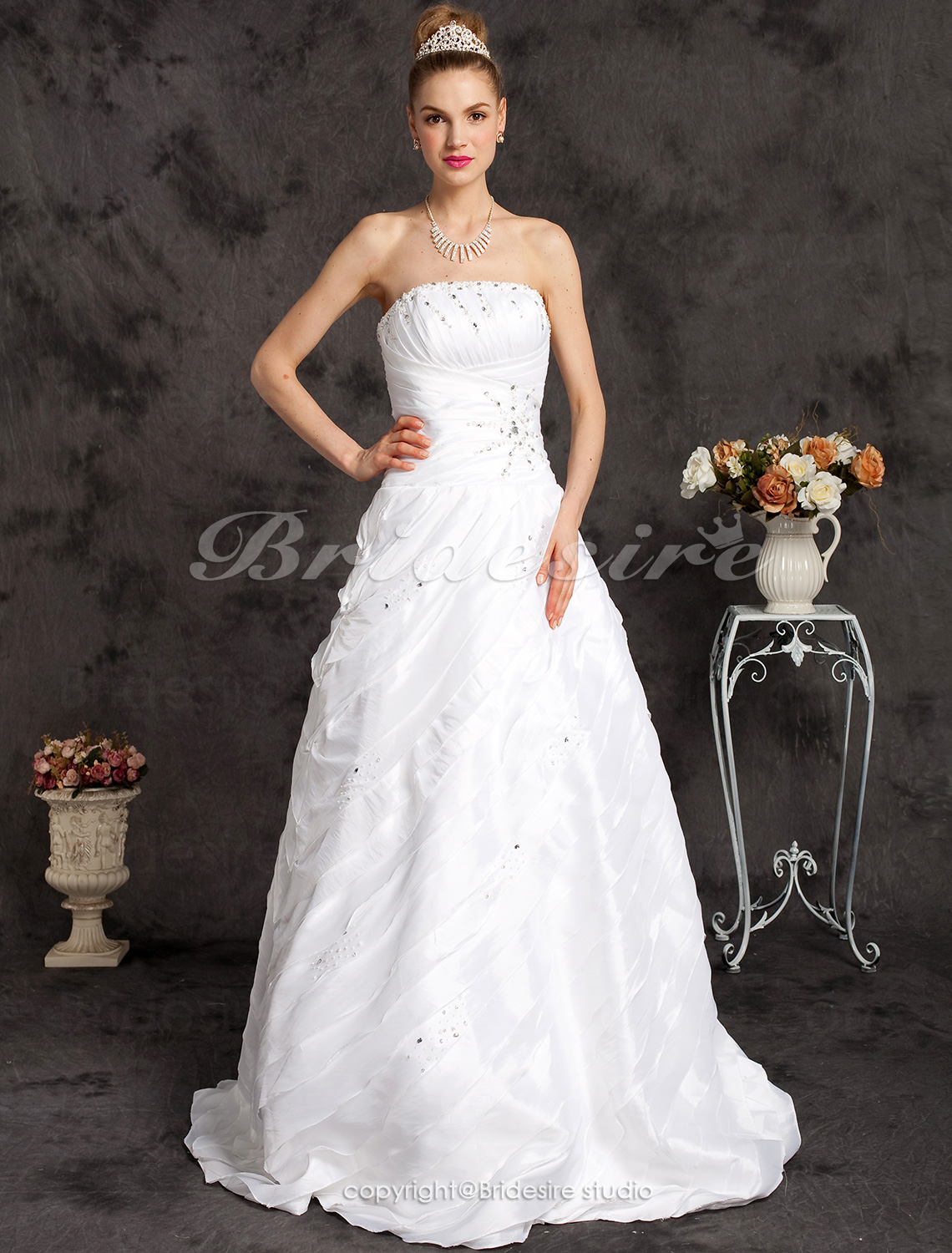 Ball Gown Strapless TaffetaFloor-length Princess Wedding Dress
