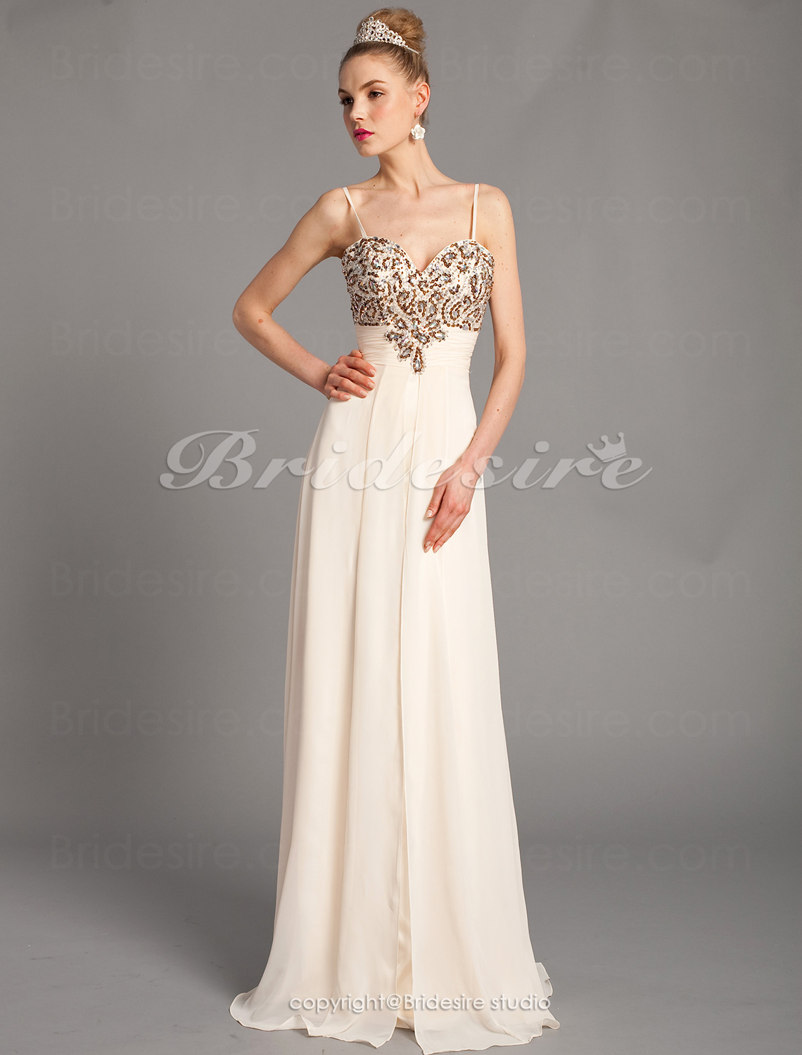 A-line Unique Spaghetti Straps Sweetheart Chiffon Floor-length Evening Dresses