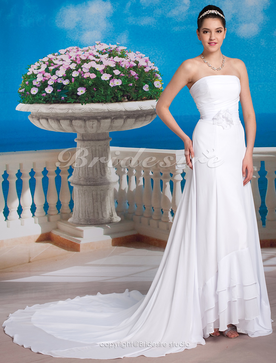 Sheath/ Column Chiffon Chapel Train Strapless Wedding Dress