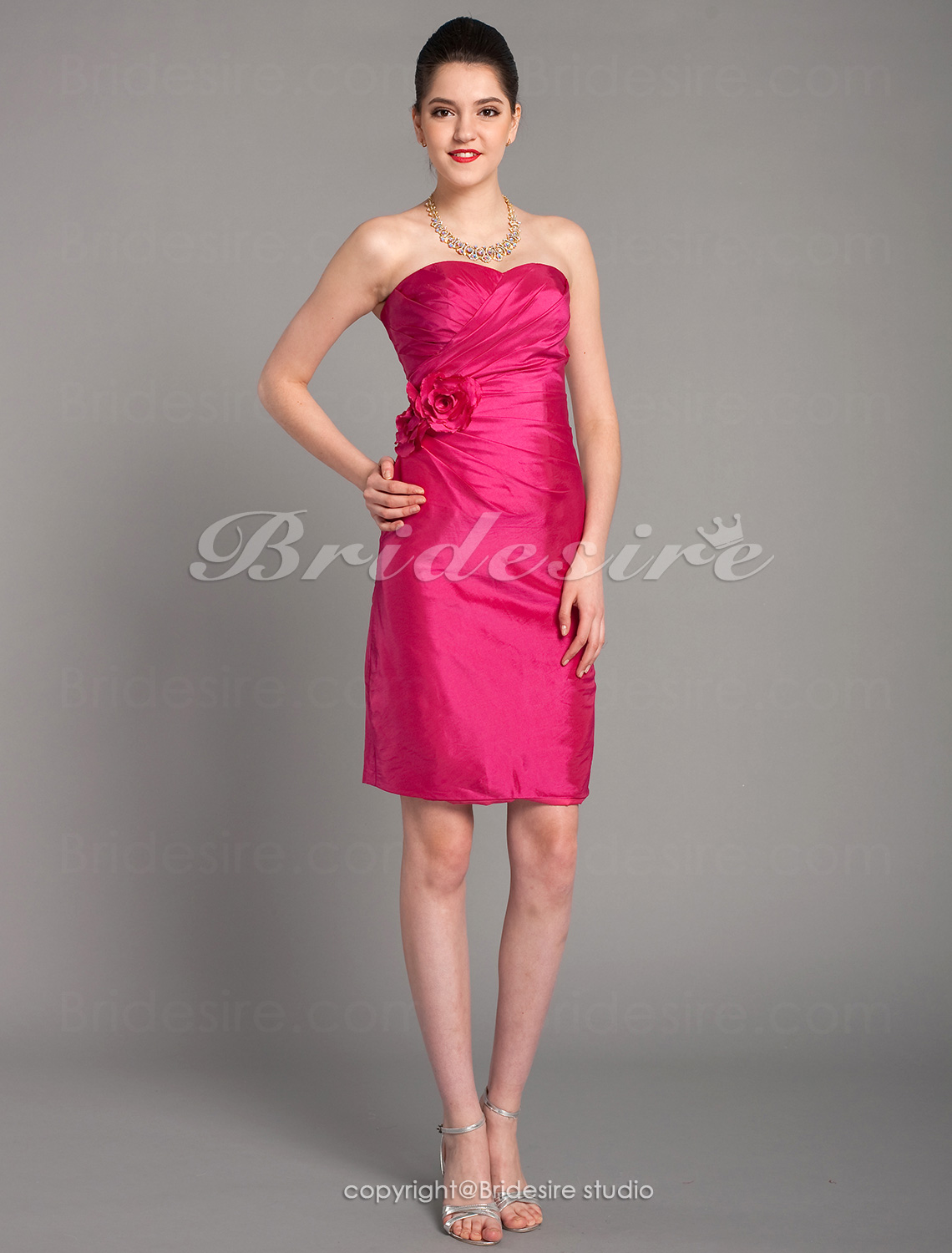 Sheath/Column Satin Short/Mini Sweetheart Bridesmaid Dress