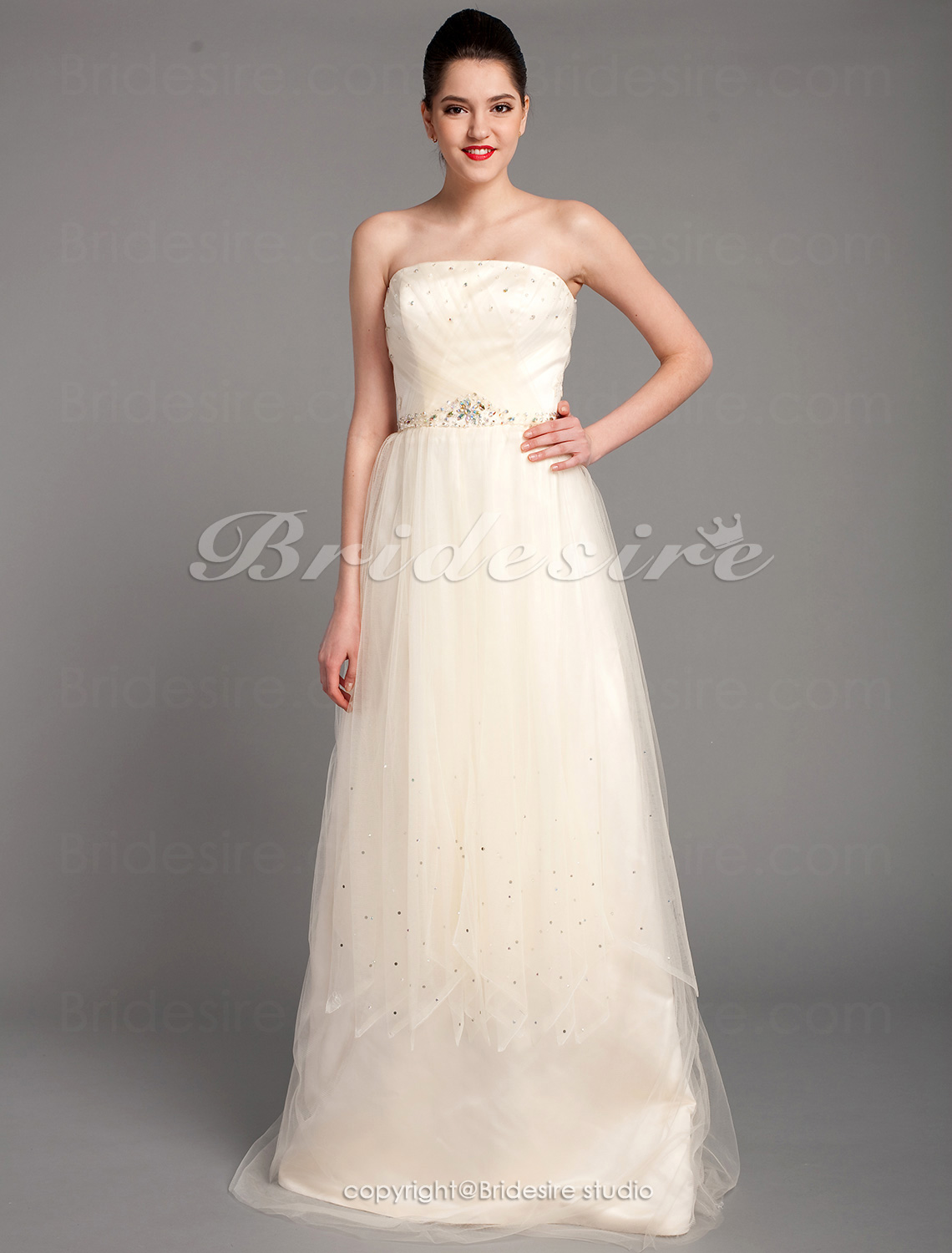 A-line Tulle Floor-length Strapless Evening Dress