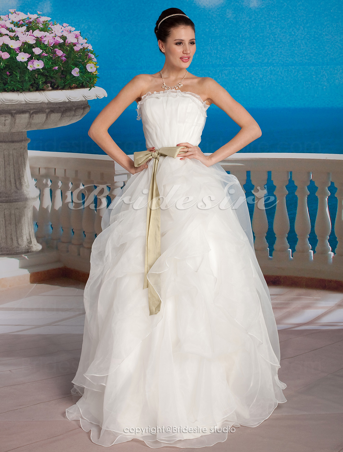 Ball Gown Tulle Floor-length Strapless Wedding Dress With Sashes