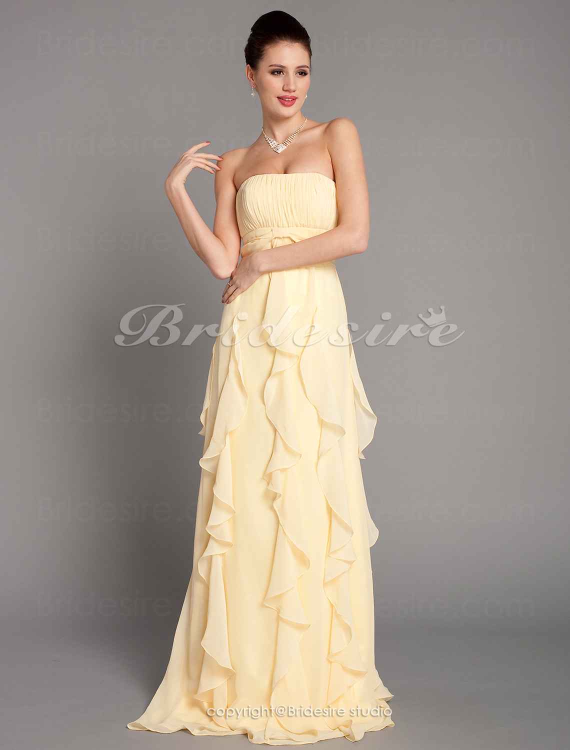 Sheath/Column Floor-length Chiffon Strapless Bridesmaid Dress