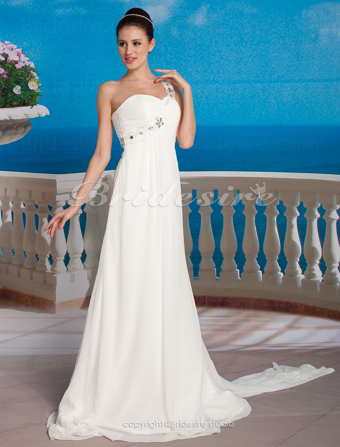 Sheath/ Column Sweetheart Chiffon Sweep / Brush Train One Shoulder Wedding Dress