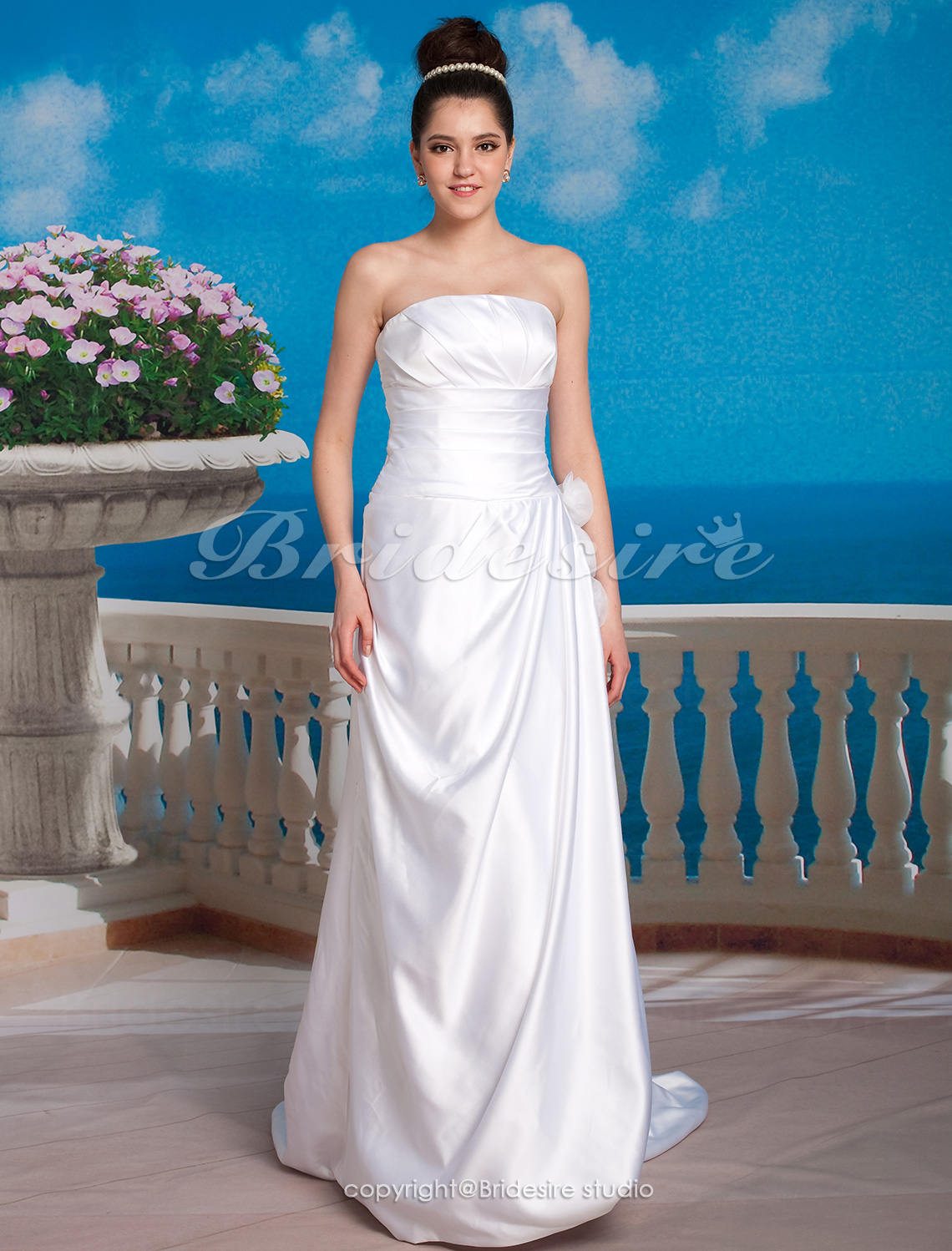 A-line Taffeta Sweep/ Brush Train Strapless Wedding Dress