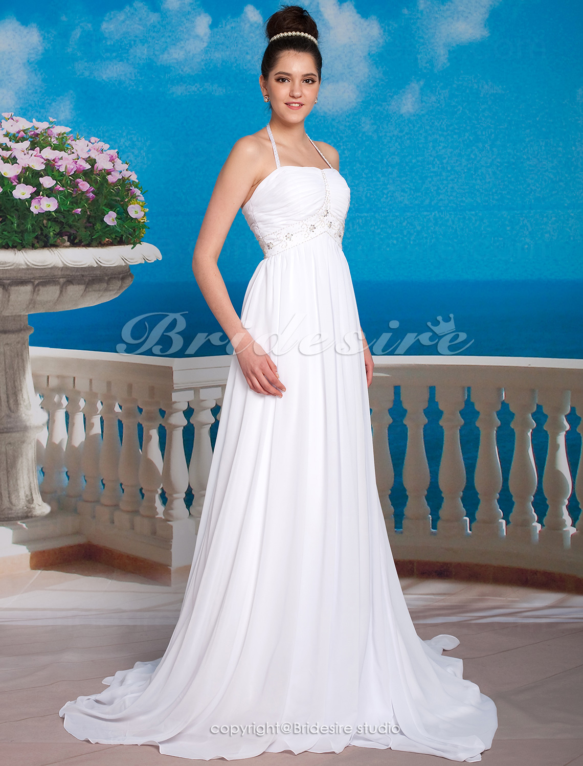 Sheath/ Column Chiffon Halter Court Train Empire Wedding Dress