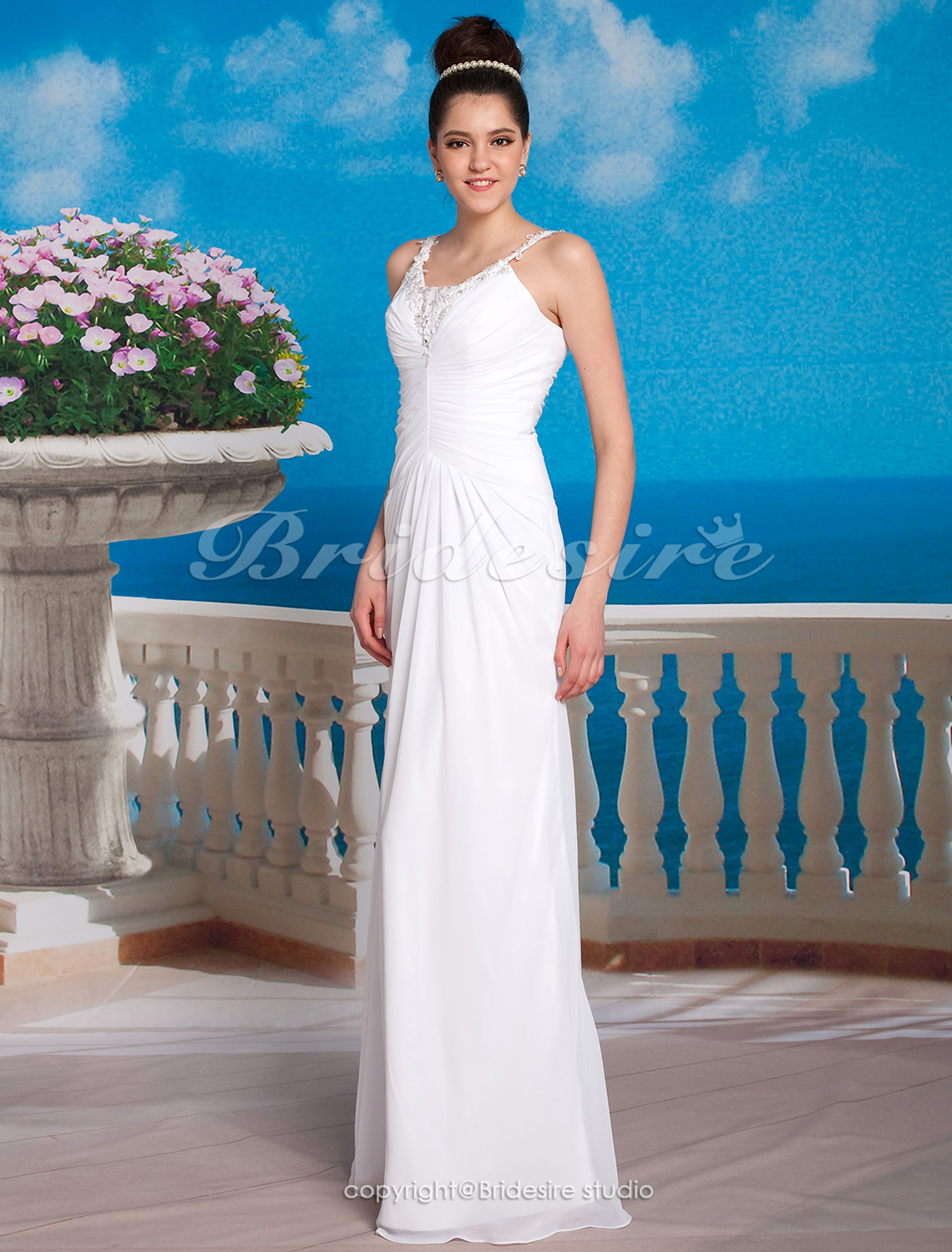 Sheath/Column Chiffon Floor-length Spaghetti Straps Wedding Gown
