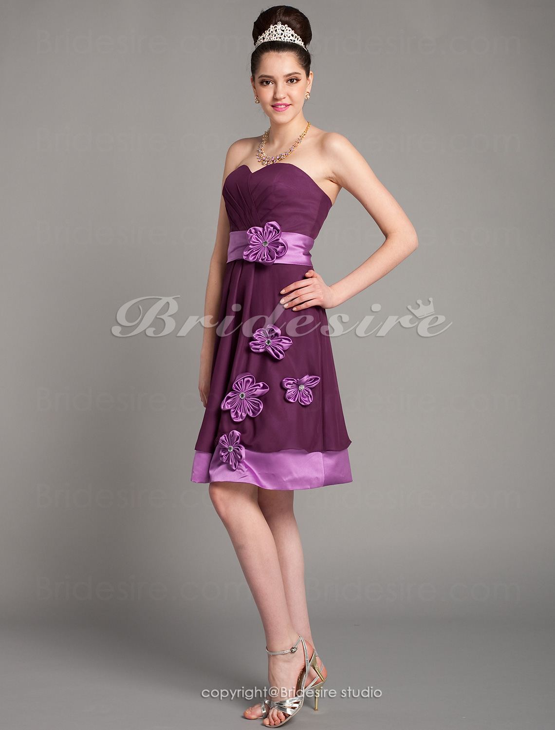 A-line Knee-length Sweetheart Satin And Chiffon Bridesmaid Dress with Removale Straps
